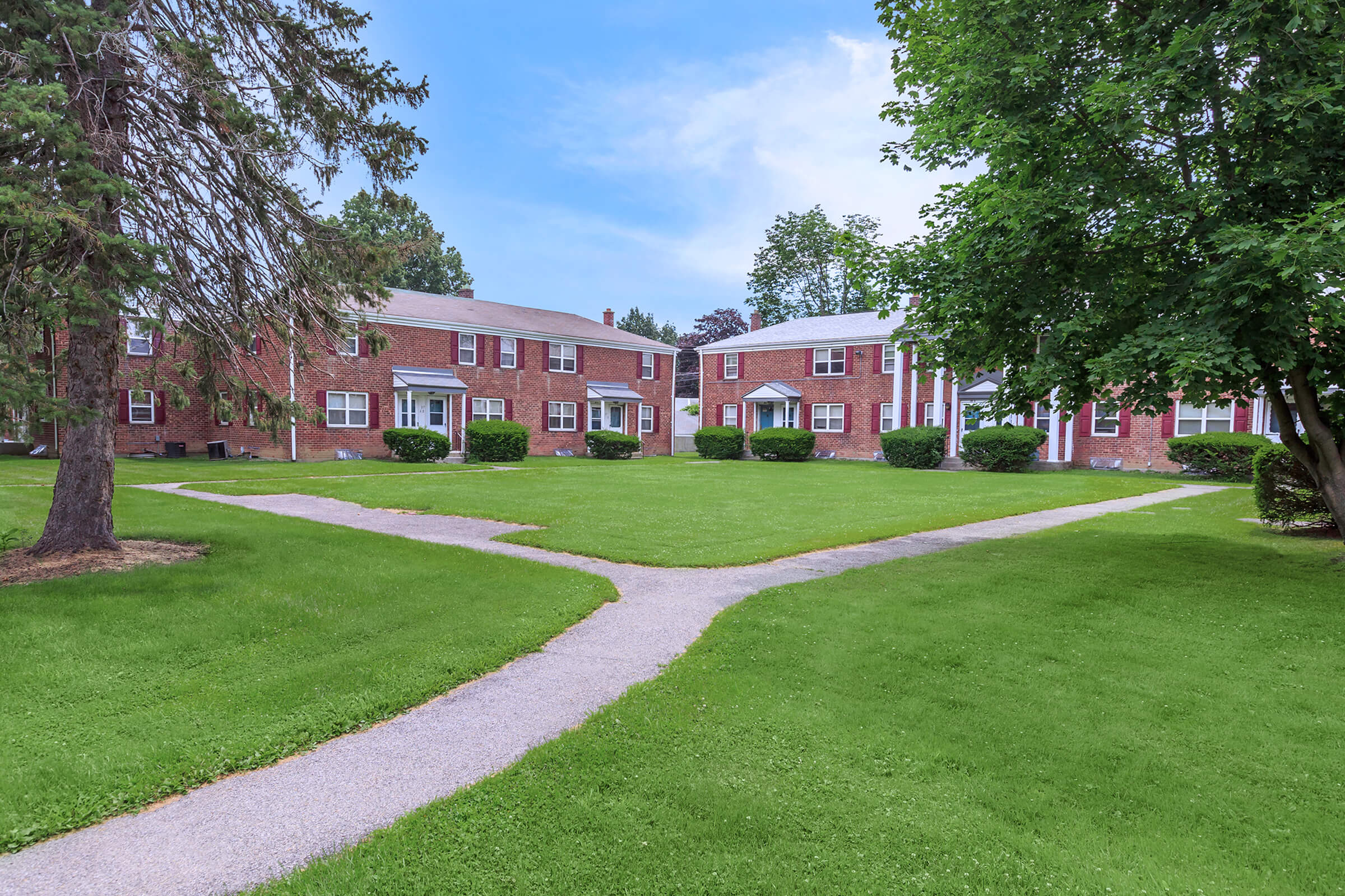 Crestwood Townhomes