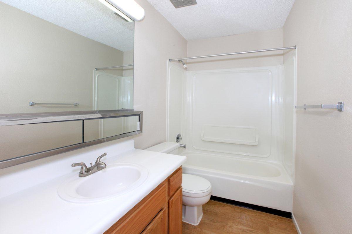Prescott Pointe has sizeable bathrooms