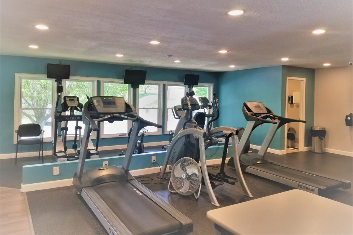 Southmoor Apartments in South County St. Louis, MO - Fitness Center 02.jpg
