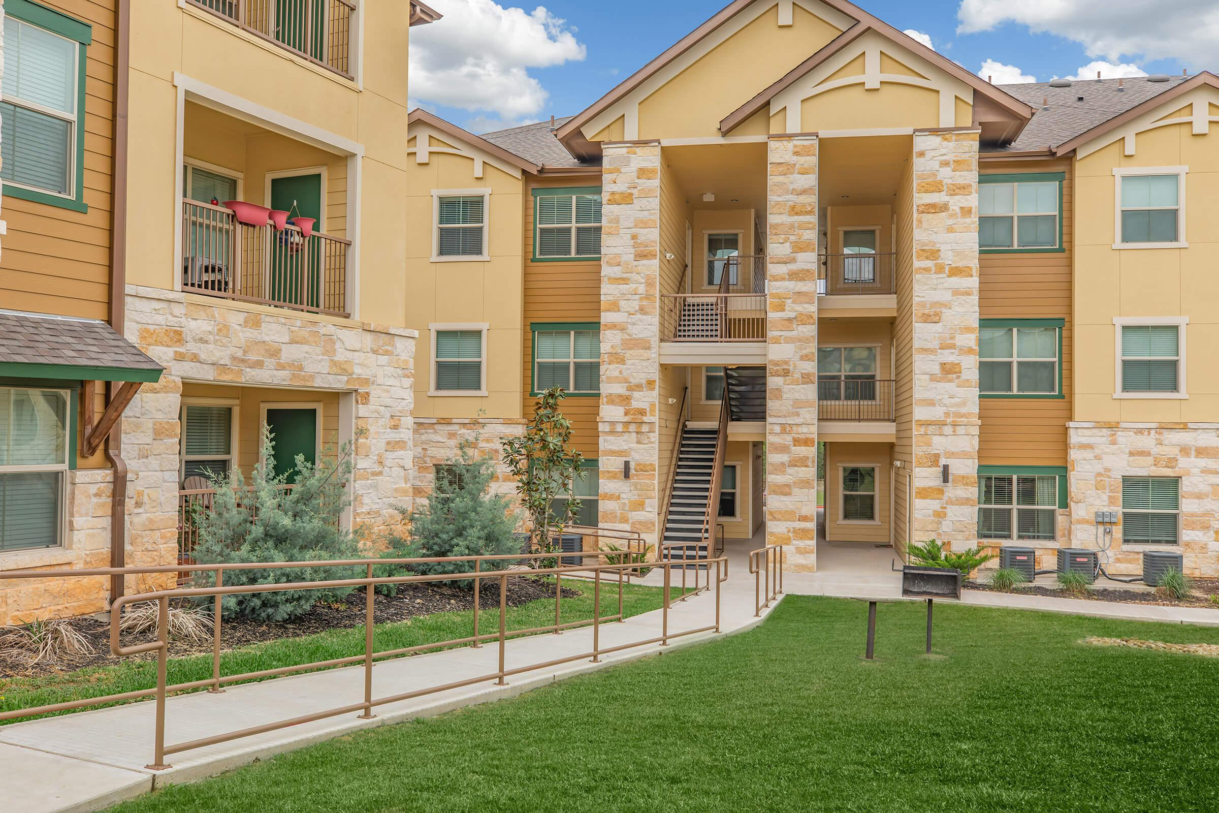 THE WEST HILL APARTMENTS IS A PET-FRIENDLY COMMUNITY