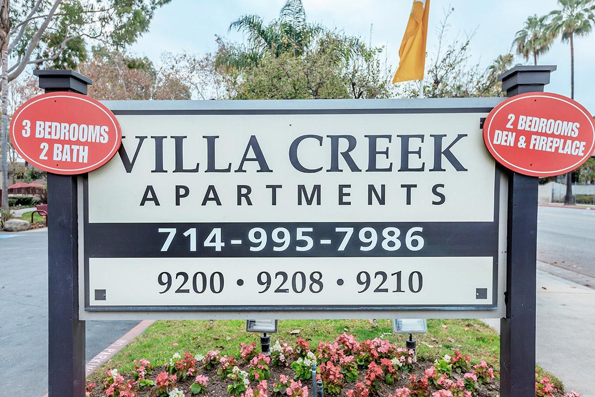 Villa Creek Apartment Homes monument sign