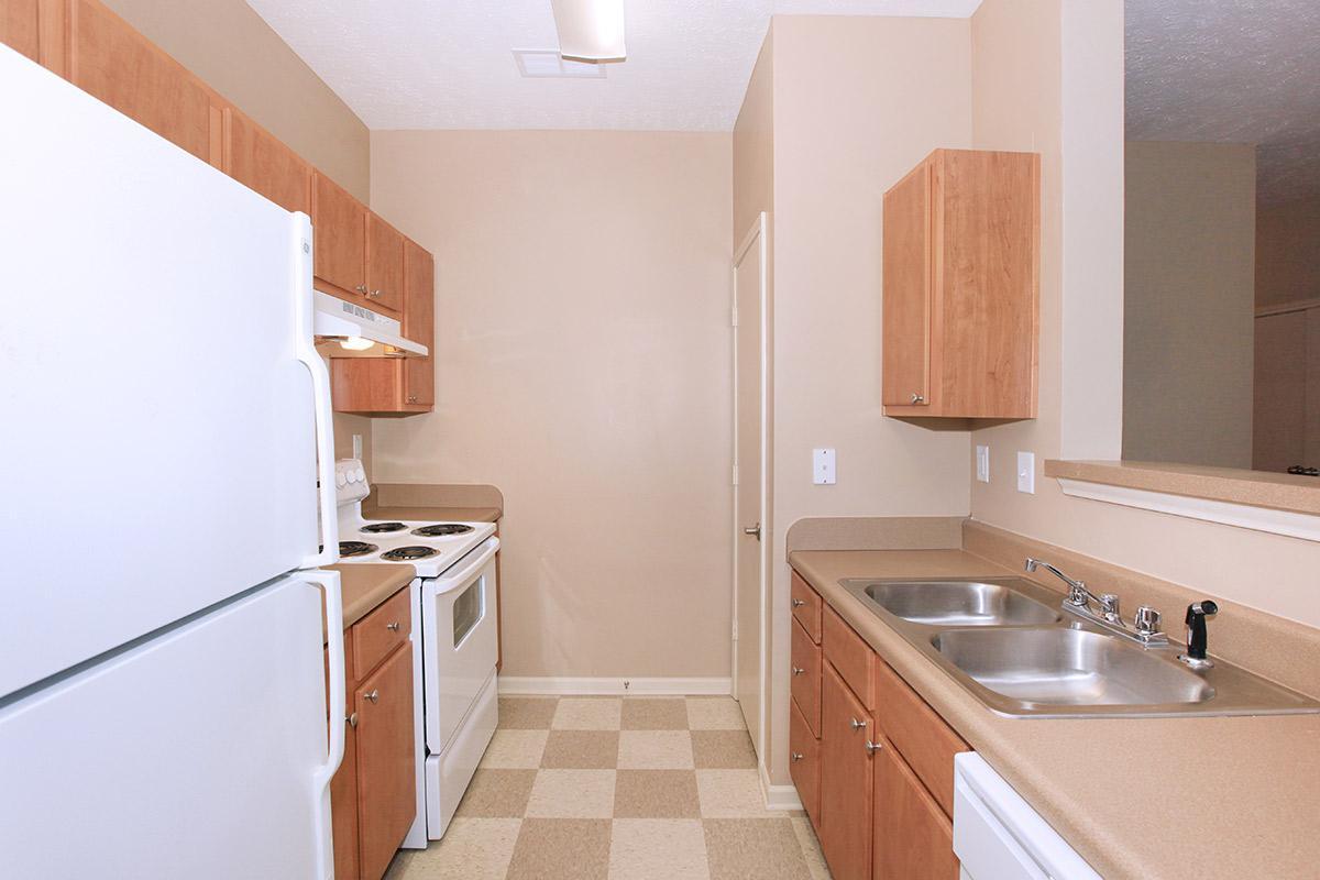 2bed2bath_kitchen.jpg