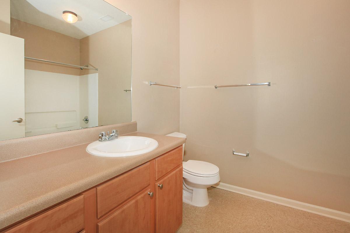 2bed2bath_bathroom2.jpg