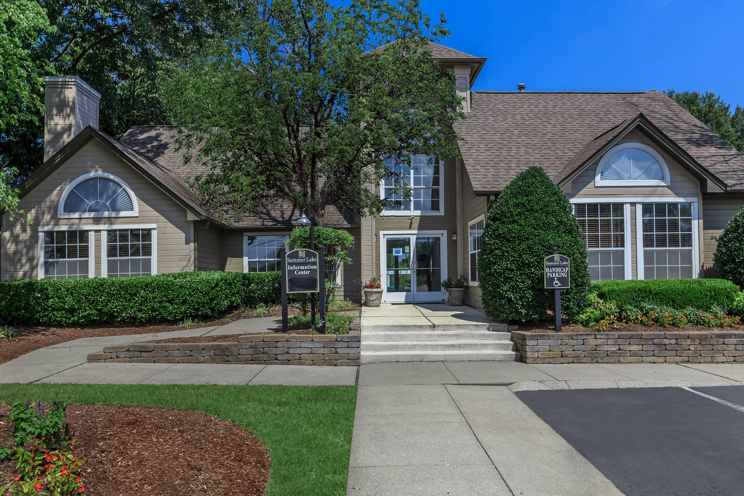 WELCOME HOME TO SUMMERLAKE APARTMENTS