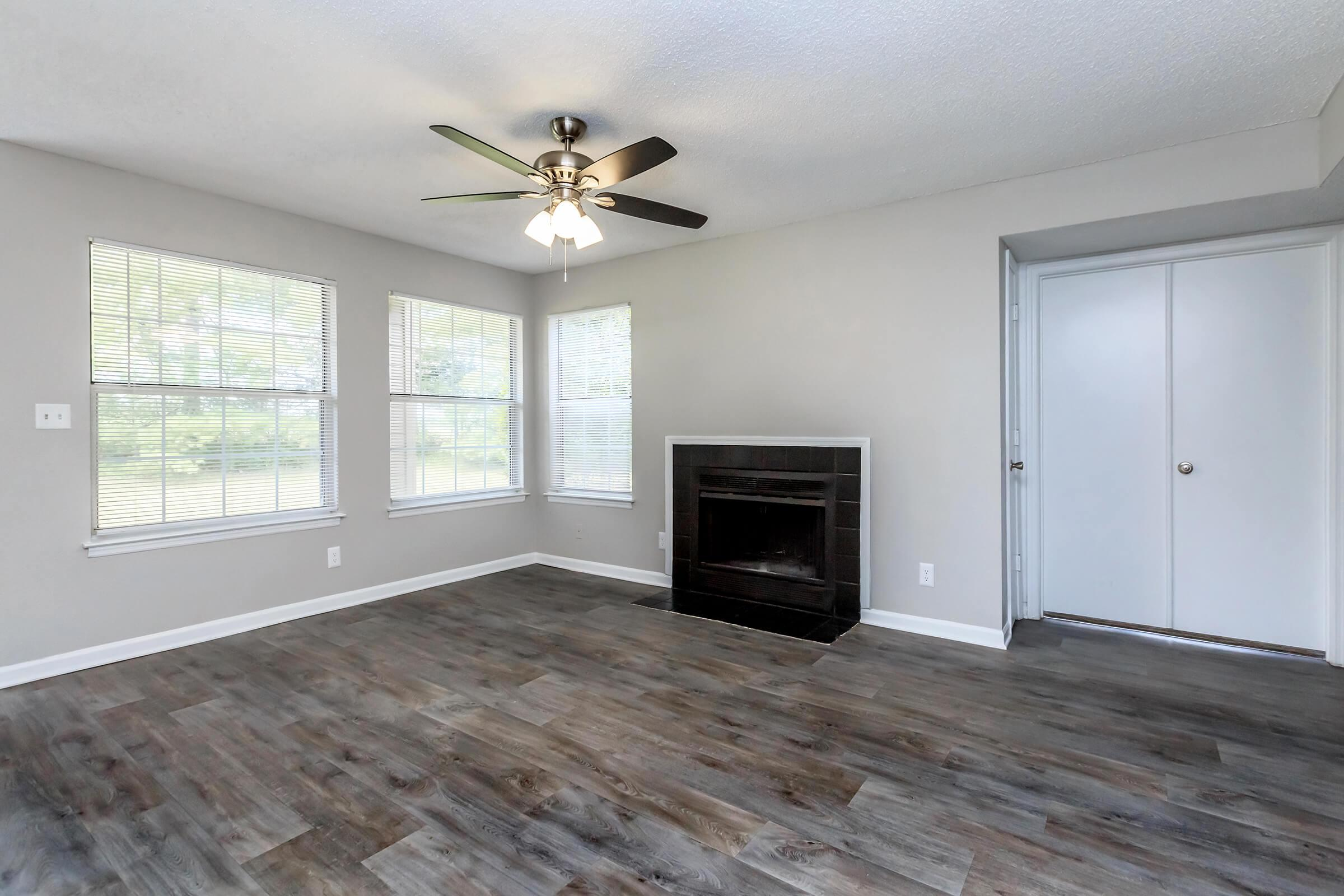 RELAX BY YOUR WOOD-BURNING FIREPLACE IN MURFREESBORO, TENNESSEE