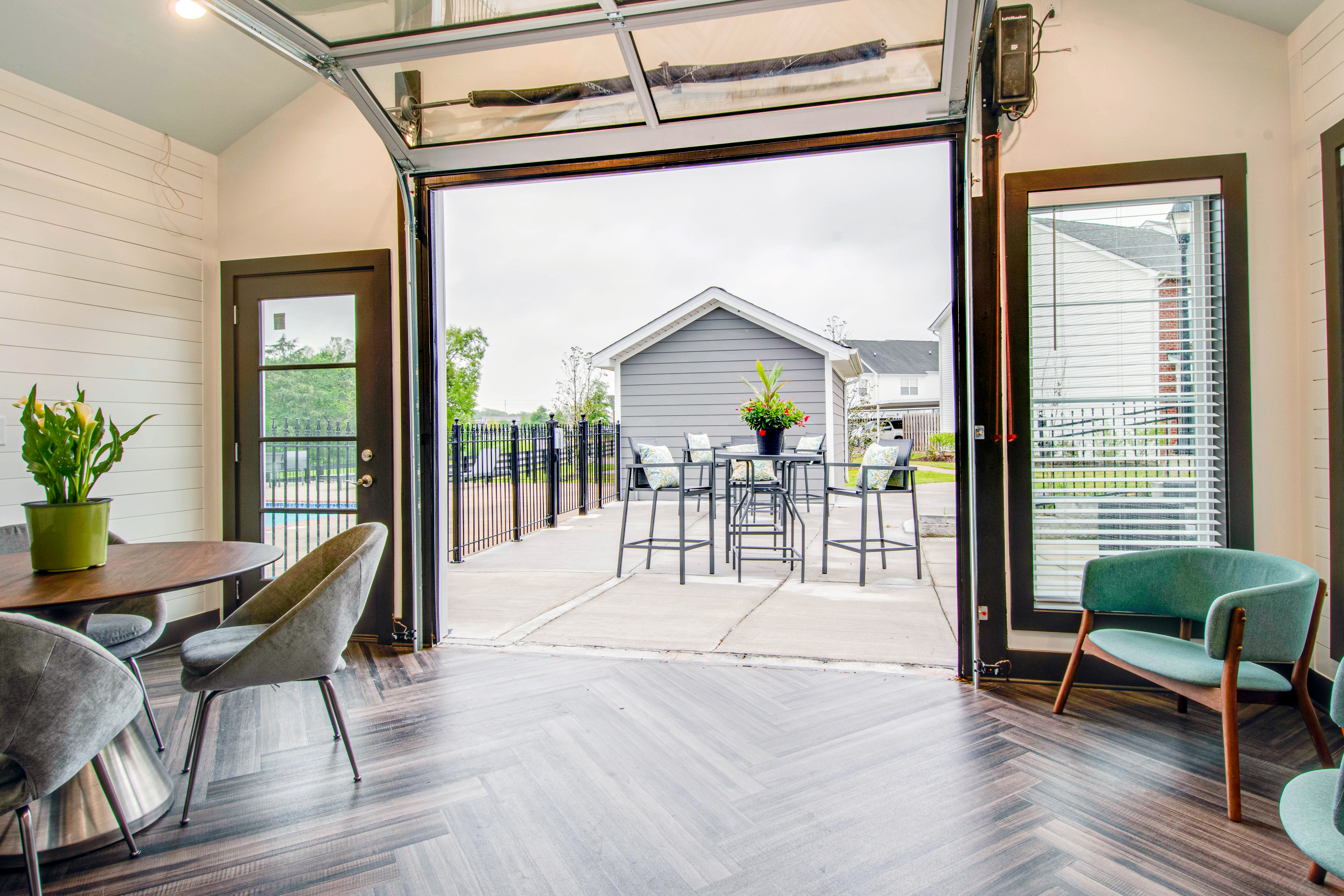 gorgeous patio and deck at Chapmans retreat in Spring Hill, Tennessee