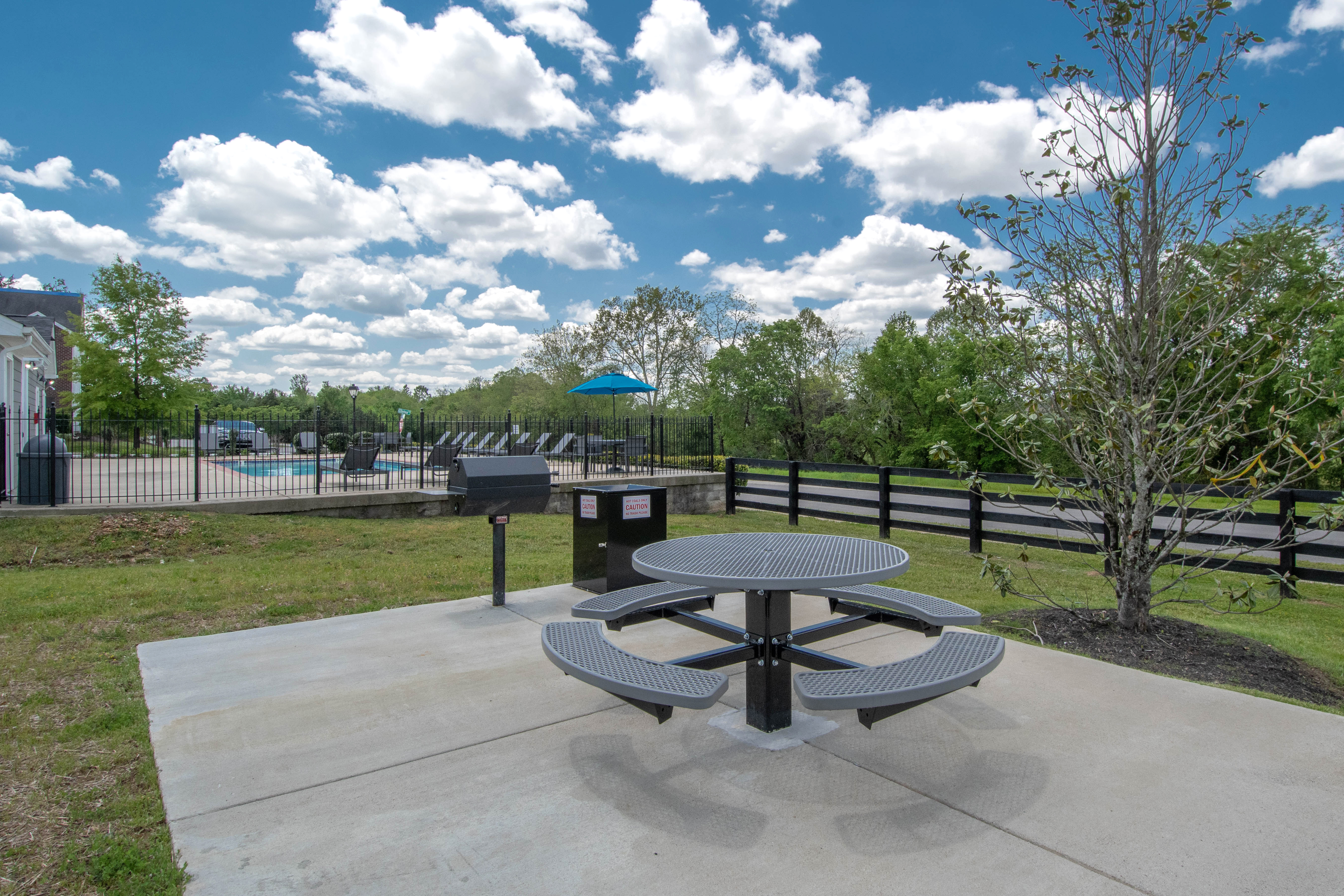 picnic area at Chapmans retreat in Spring Hill, Tennessee