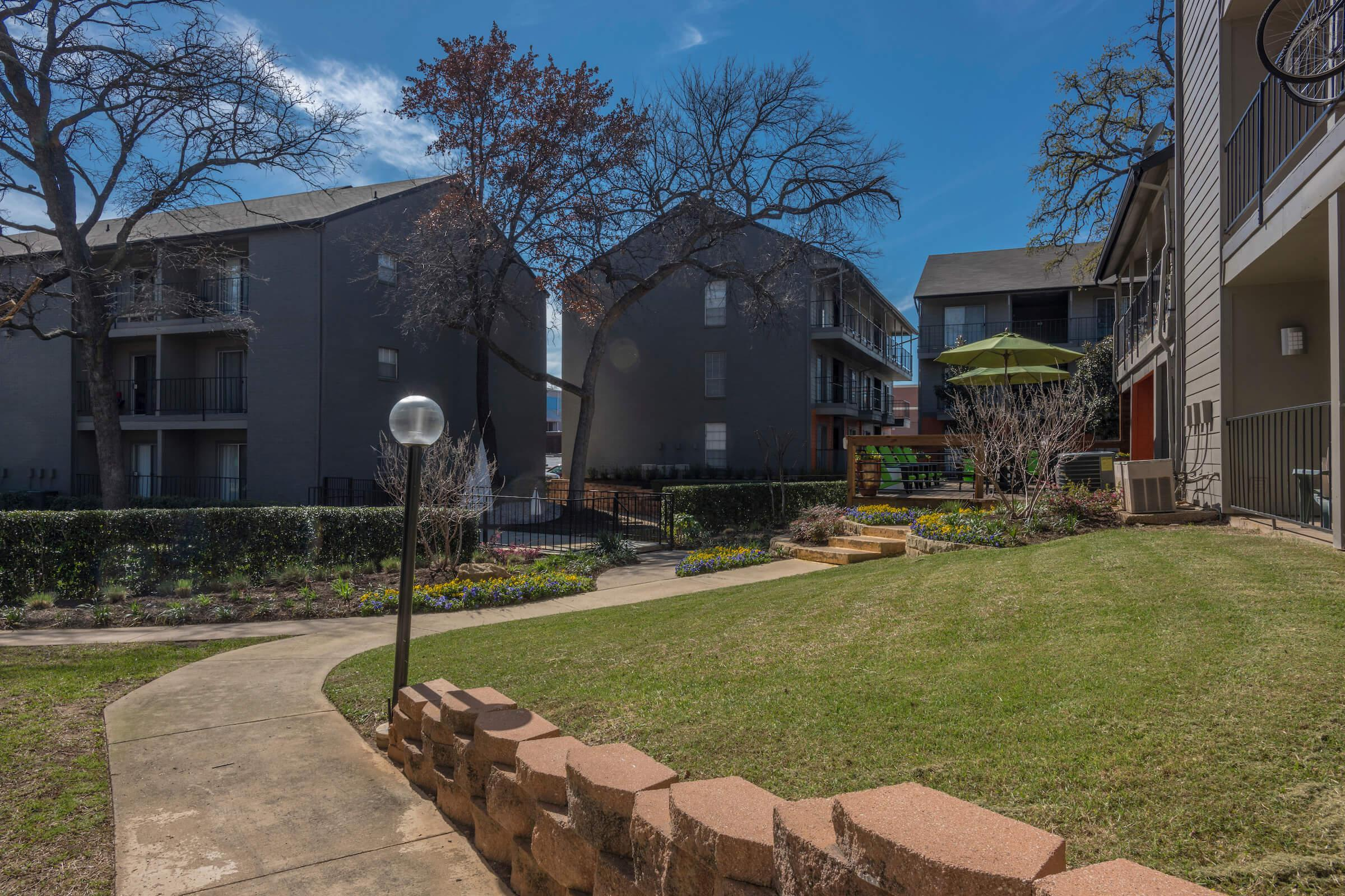 Apartment homes for rent in Arlington, TX