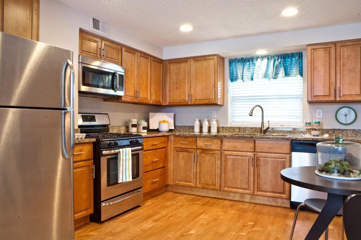 2 bed Kitchen2.jpg