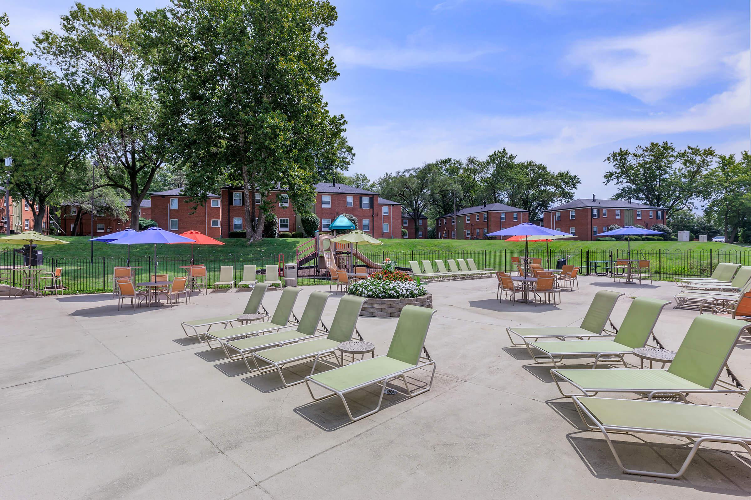 Soak Up The Missouri Sun at The Pool