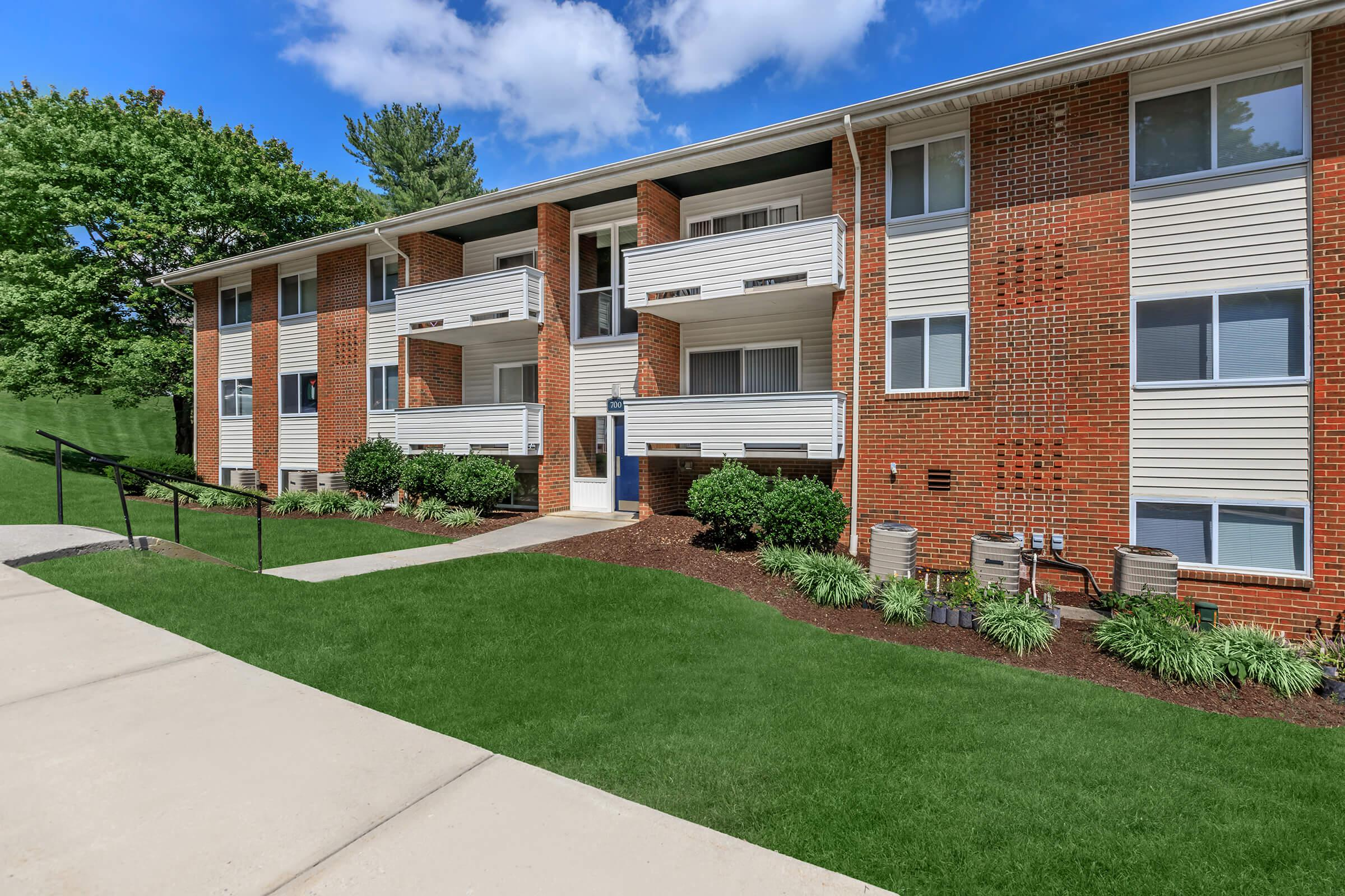 WELCOME HOME TO WINDSOR HILLS APARTMENTS