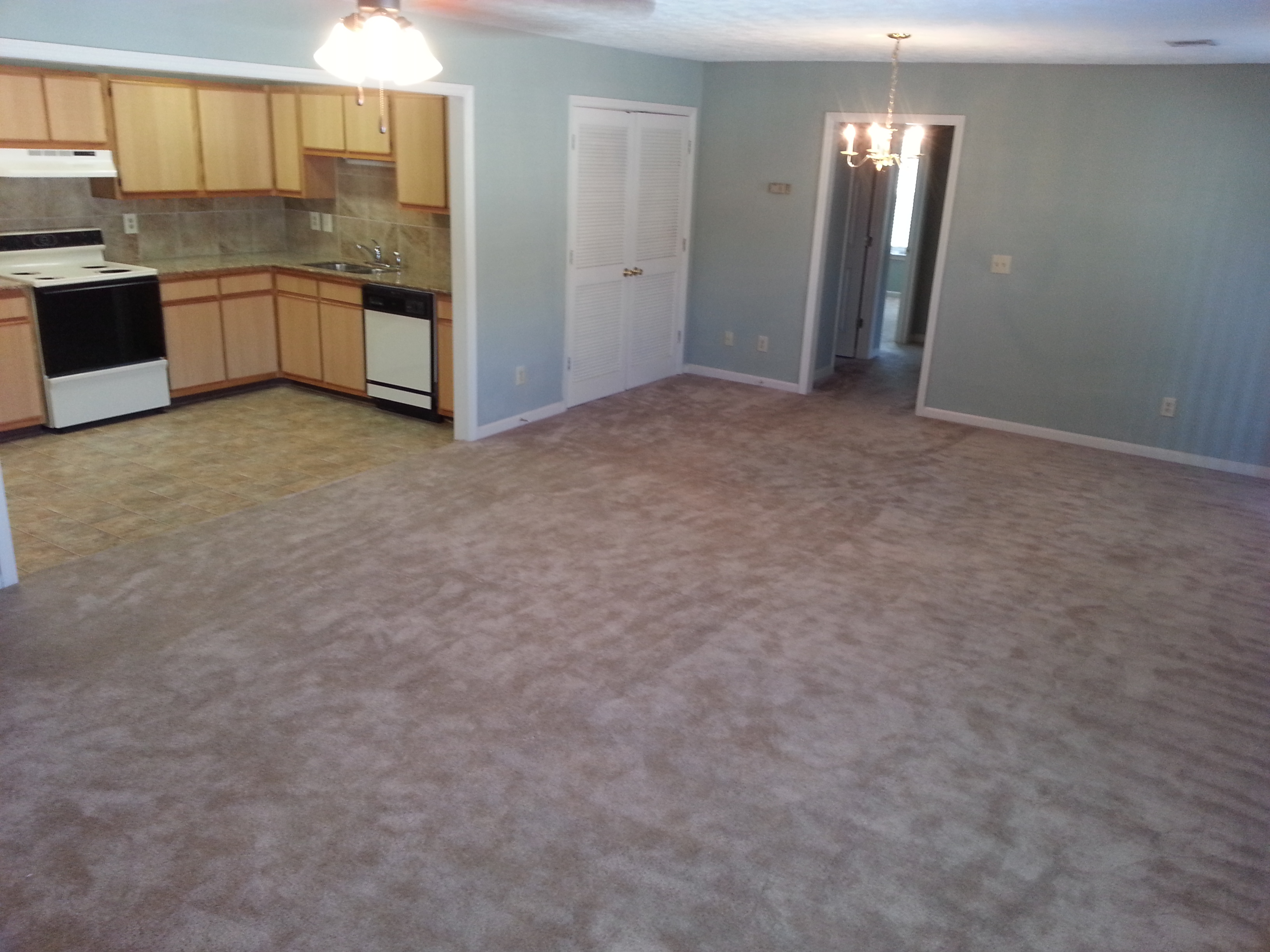 OPEN FLOOR PLAN IN OUR 2bd/2ba NEW 2 TONE COLOR PLUS GRANITE
