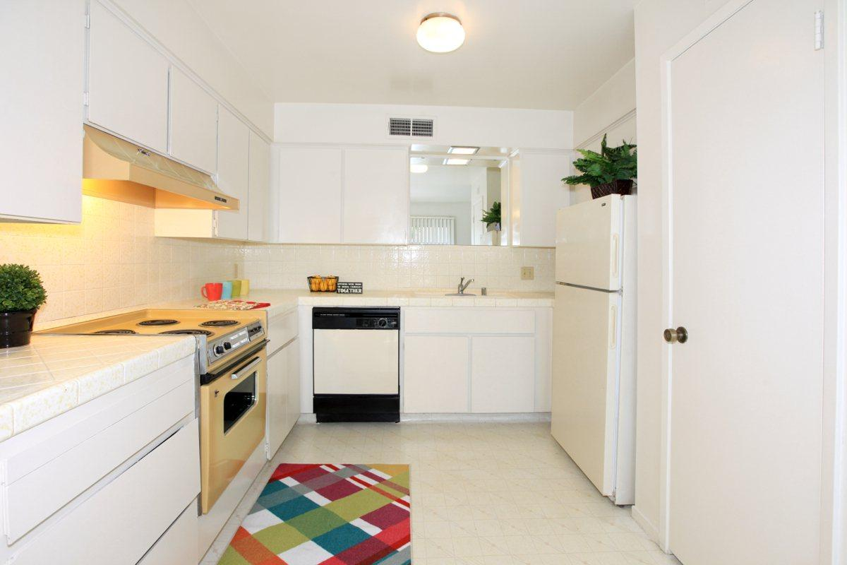 Rancho Sierra provides well-equipped kitchens