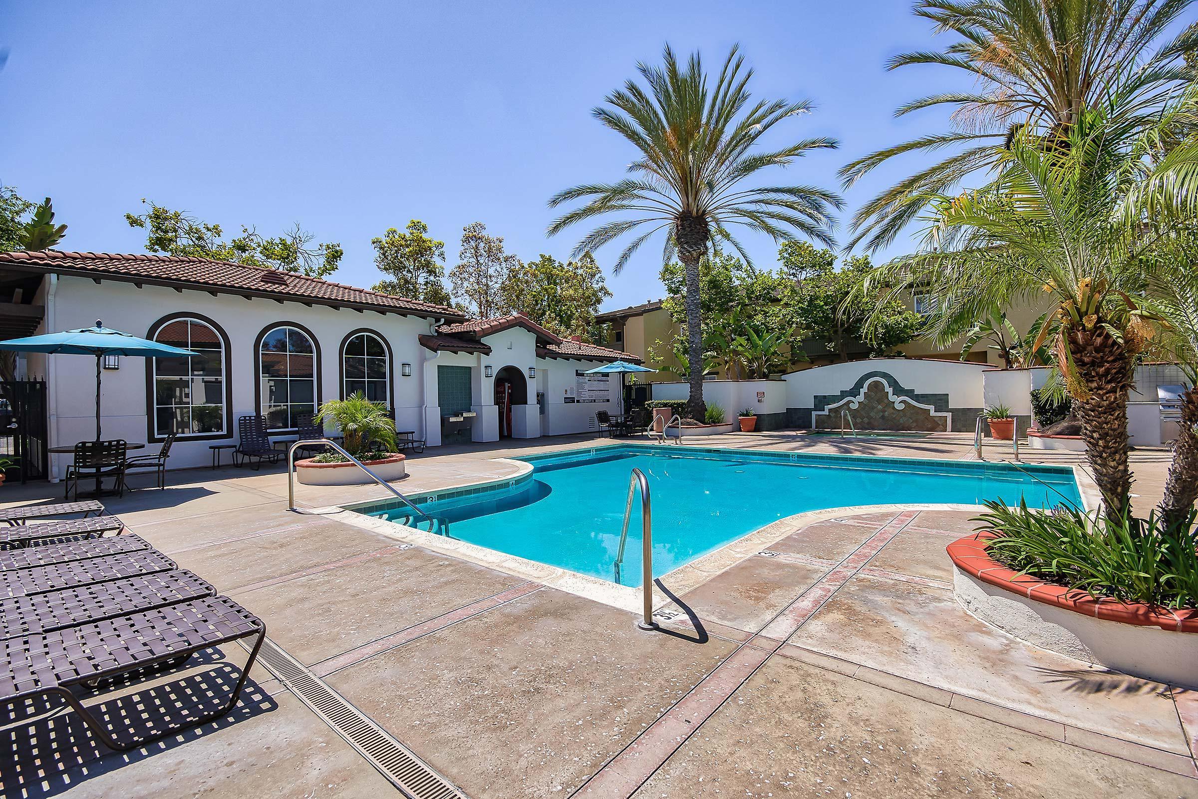 Laurel Canyon Apartment Homes community pool