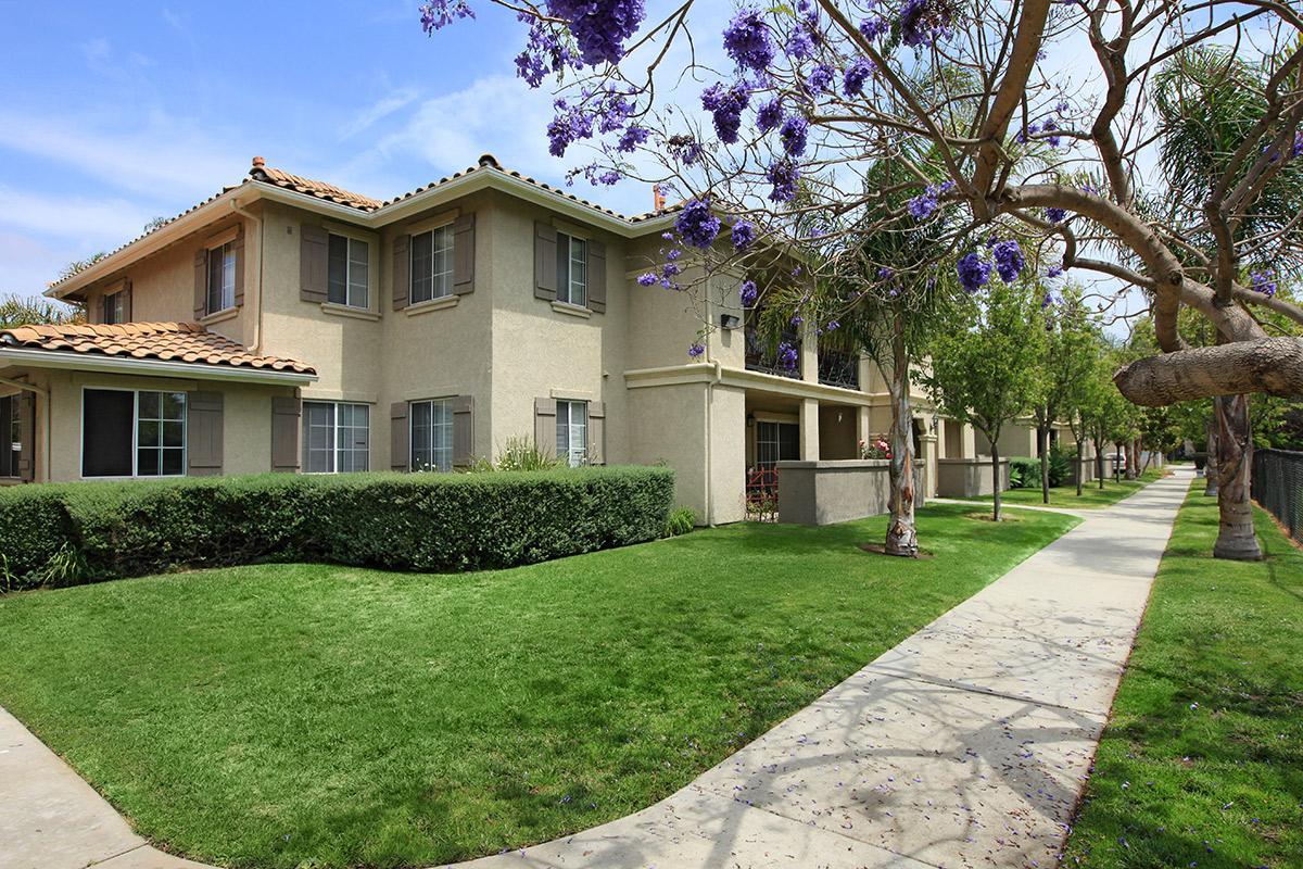 Vineyard gardens apartment homes apartments for rent in - 2 bedroom apartments for rent in oxnard ca ...