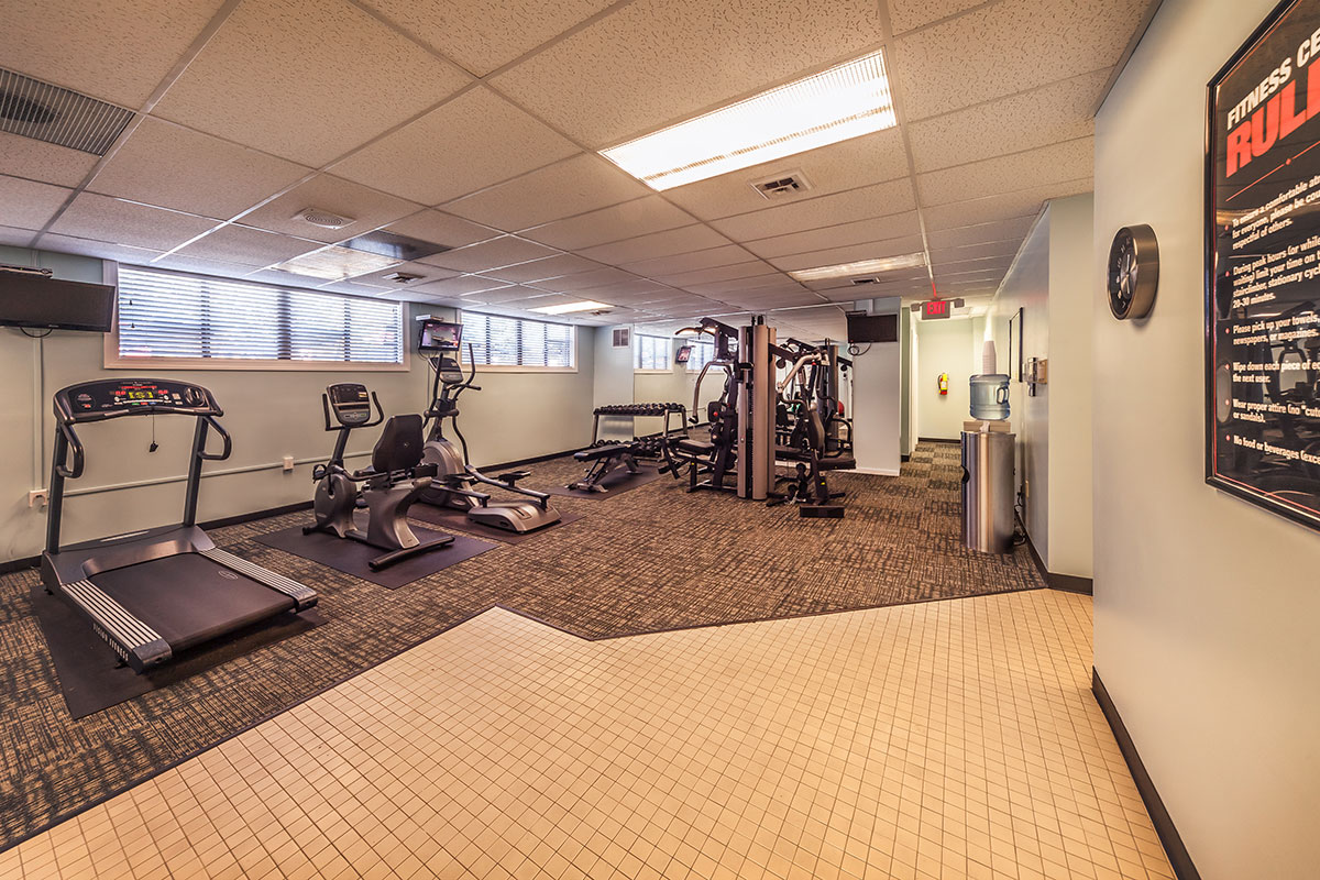 Oakbrook Village Apartments - Pet-Friendly Apartments in