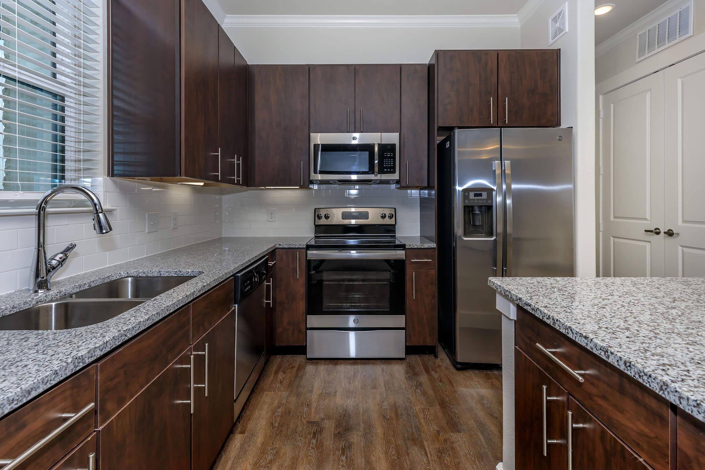 ALL-ELECTRIC KITCHEN AT IVY POINT CYPRESS
