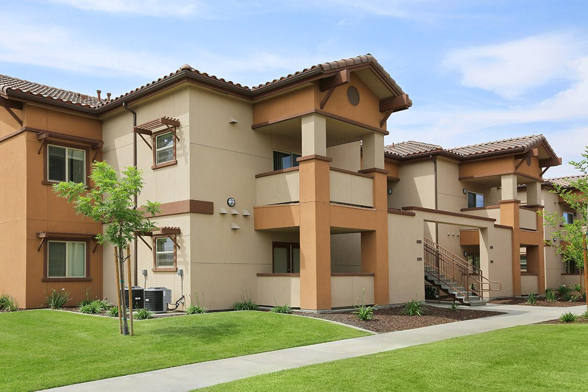 Come see why Watermark is the best apartment home community in Bakersfield