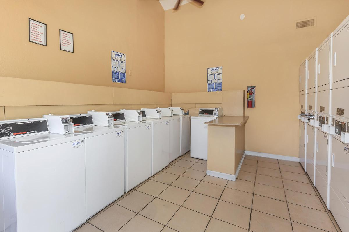 GREEN TREE TOWNHOMES IN LAS VEGAS HAS A LAUNDRY FACILITY