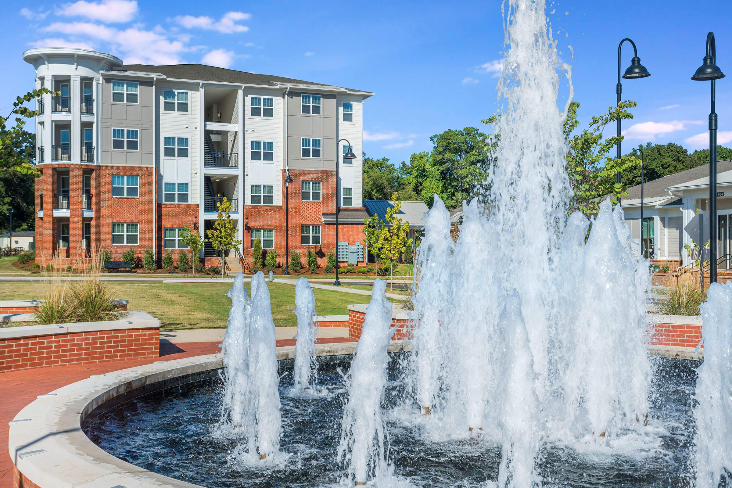 PROSPERITY-VILLAGE-APARTMENTS-CHARLOTTE-NC-EXTERIOR-06.jpg