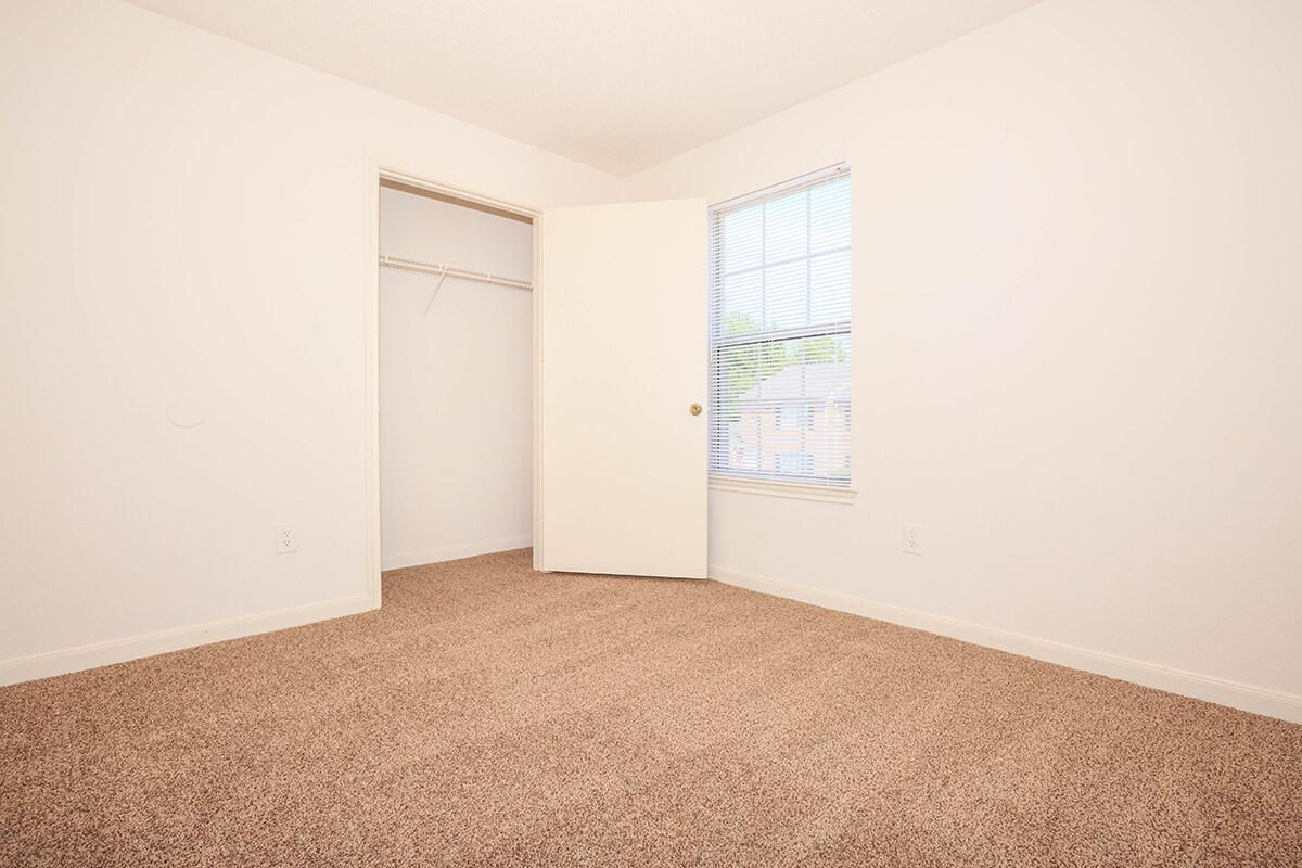 comfortable carpeting at Cedar Pointe Apartments in Colombia, Tennessee