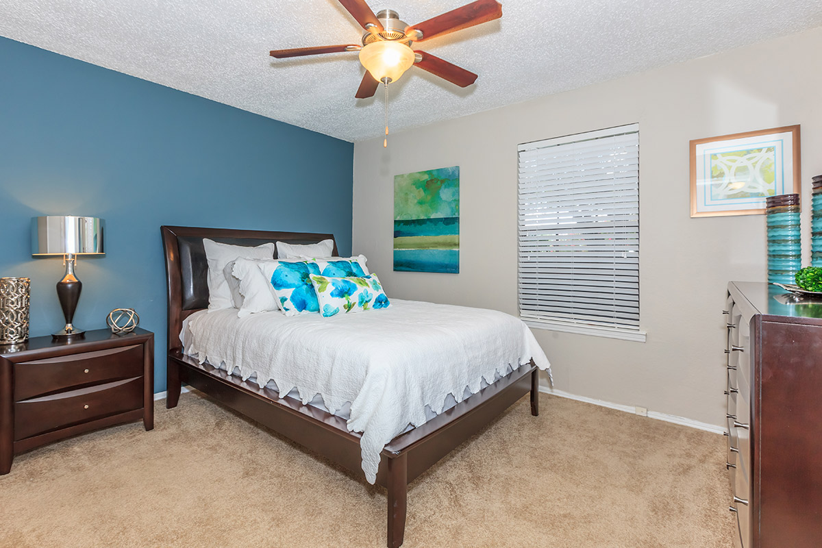 Cantebria Crossing - Amenities