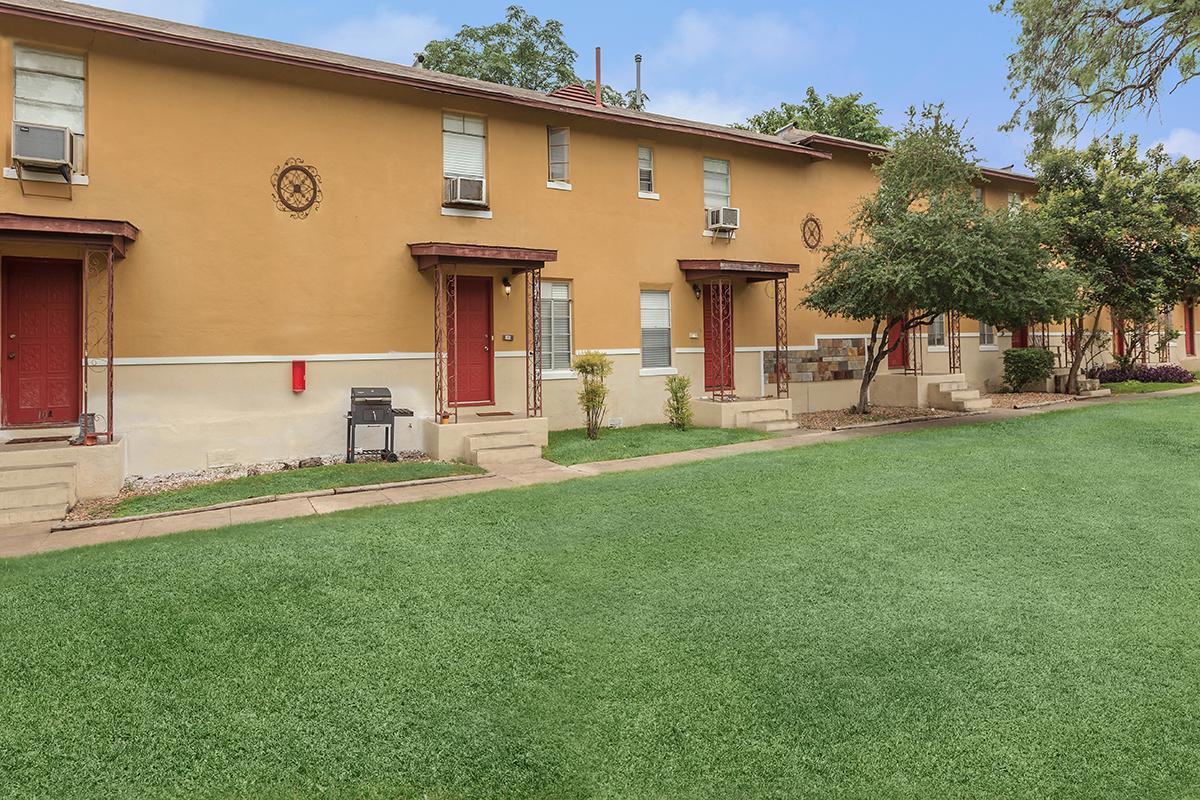 Olmos Park Gardens Apartments