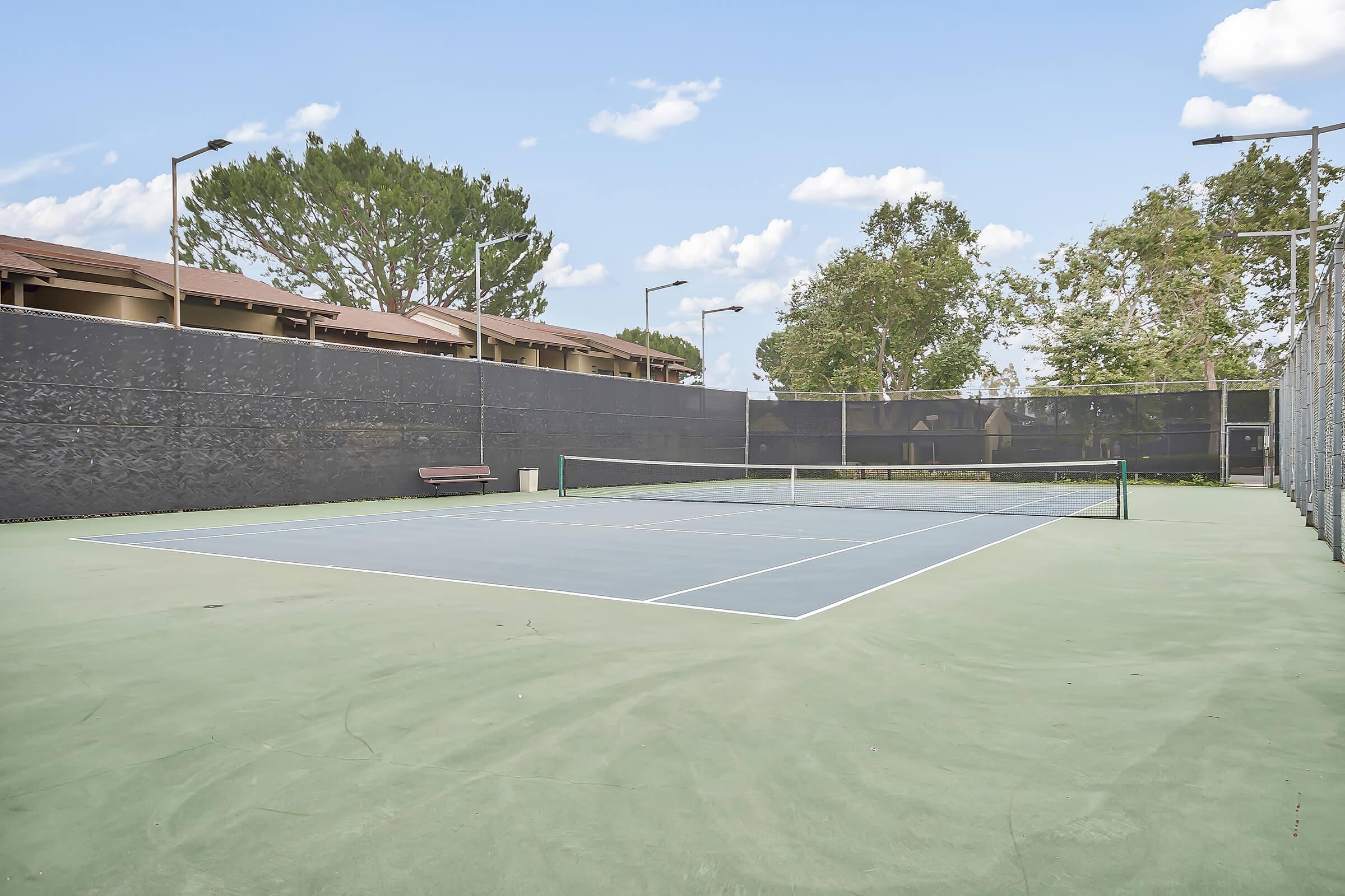 Raintree Apartment Homes tennis court