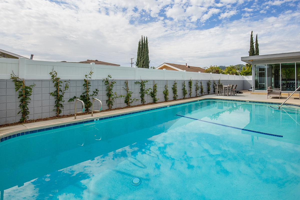 Take a Cool and Refreshing Dip in our Swimming Pool at The Capri Glendale in Glendale, CA