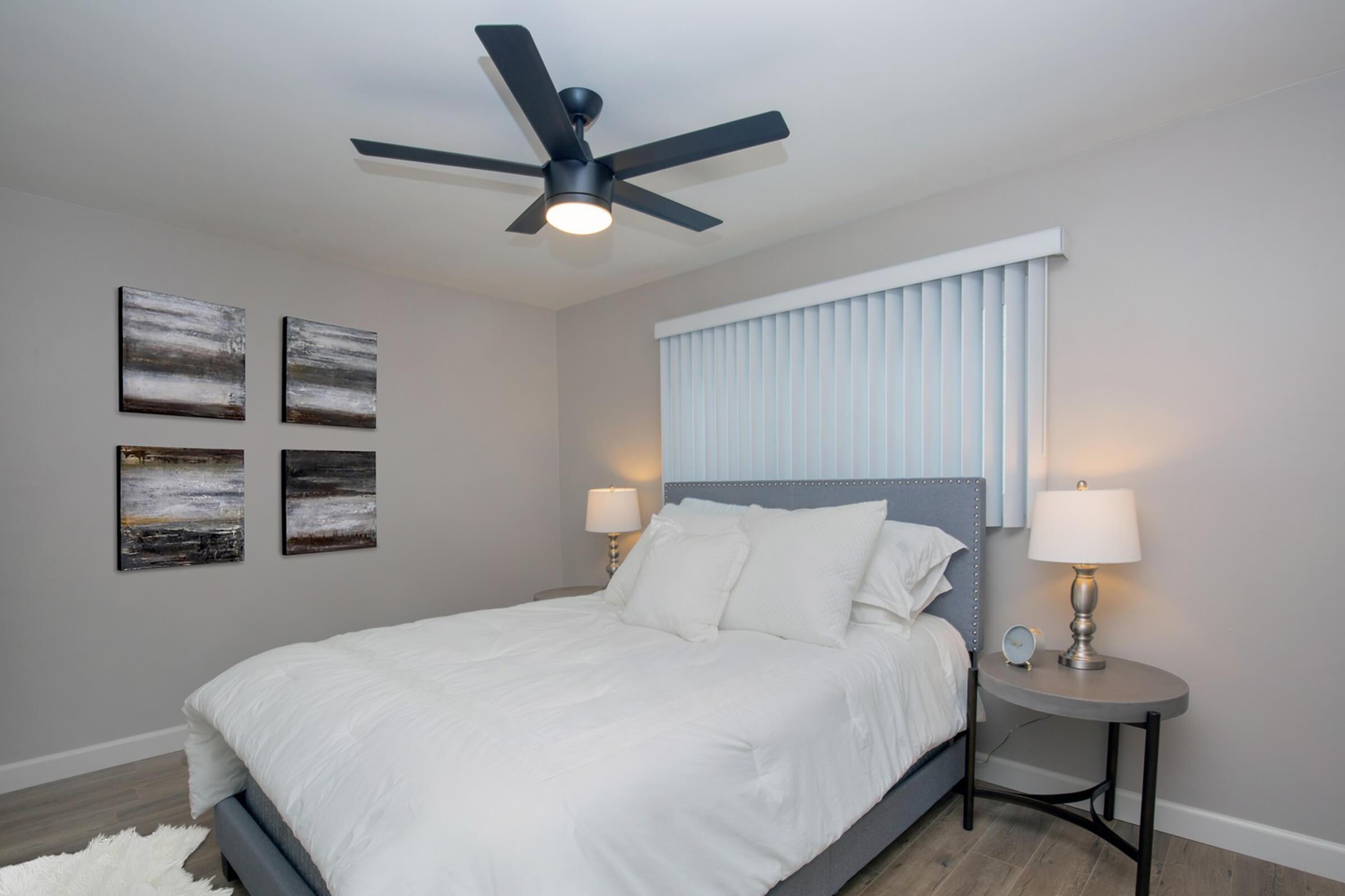 ELEGANT BEDROOM AT THE CAPRI GLENDALE IN GLENDALE, CA