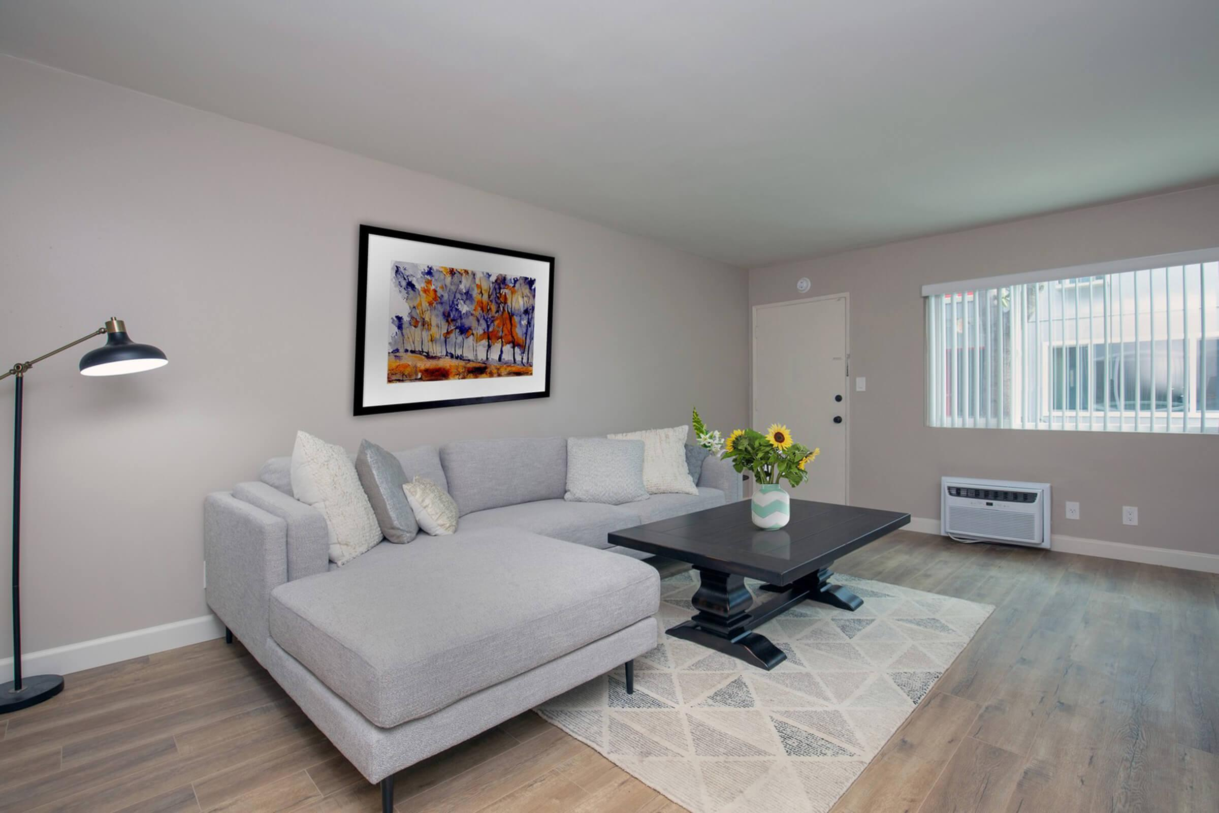 YOUR NEW LIVING ROOM AT THE CAPRI GLENDALE