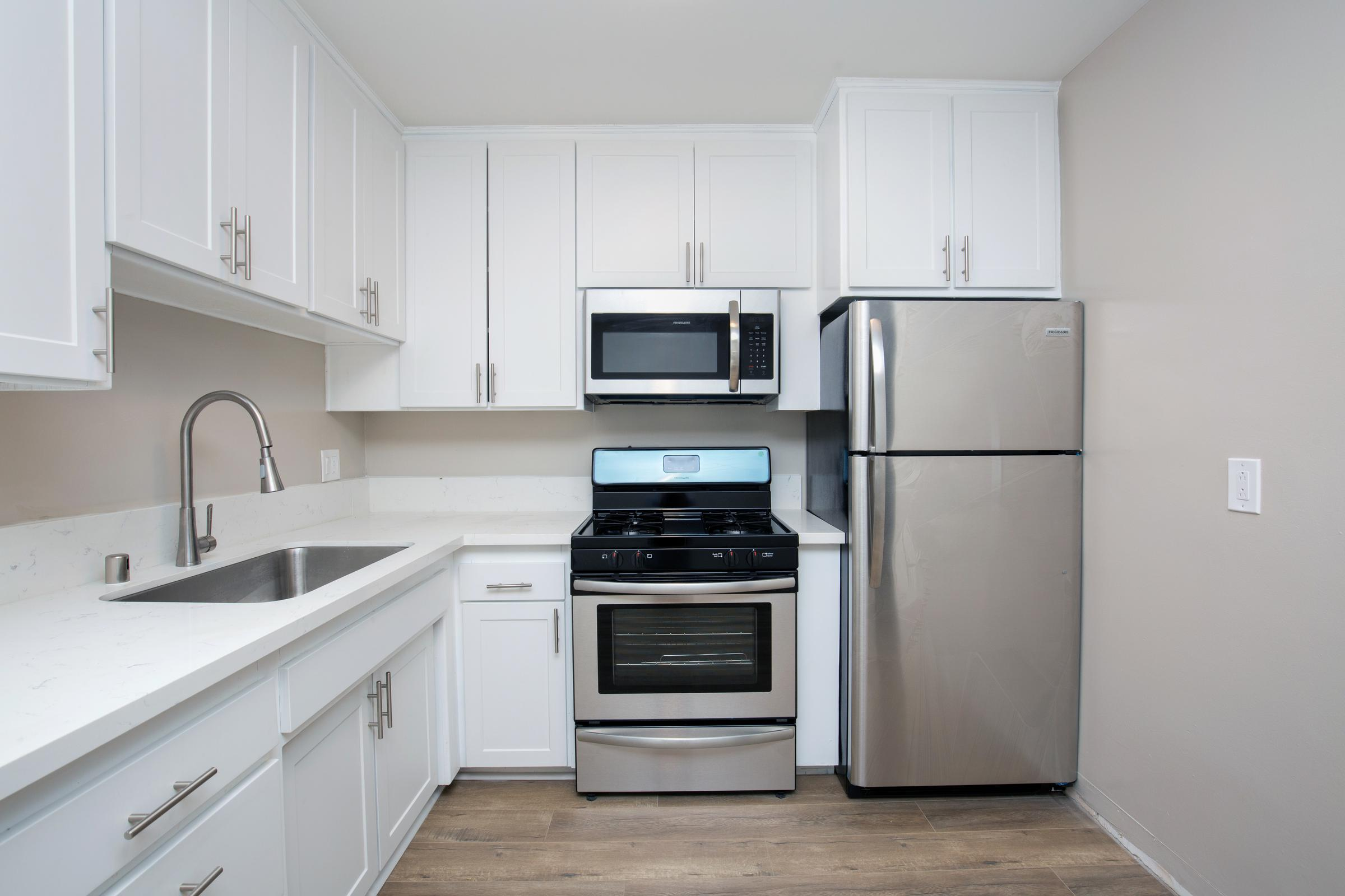 AMPLE CABINET SPACE AT THE CAPRI GLENDALE