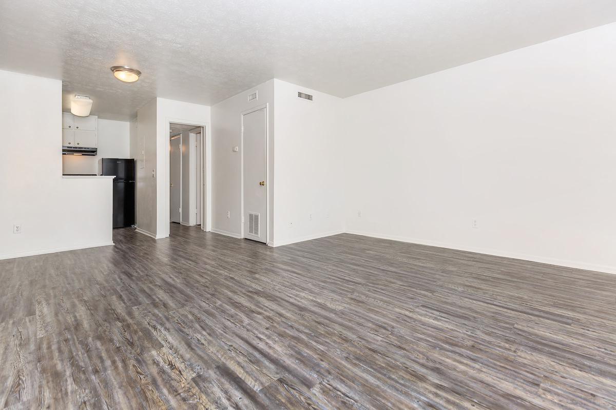 Open floor plan A1 here at The Columns in Jacksonville, Florida