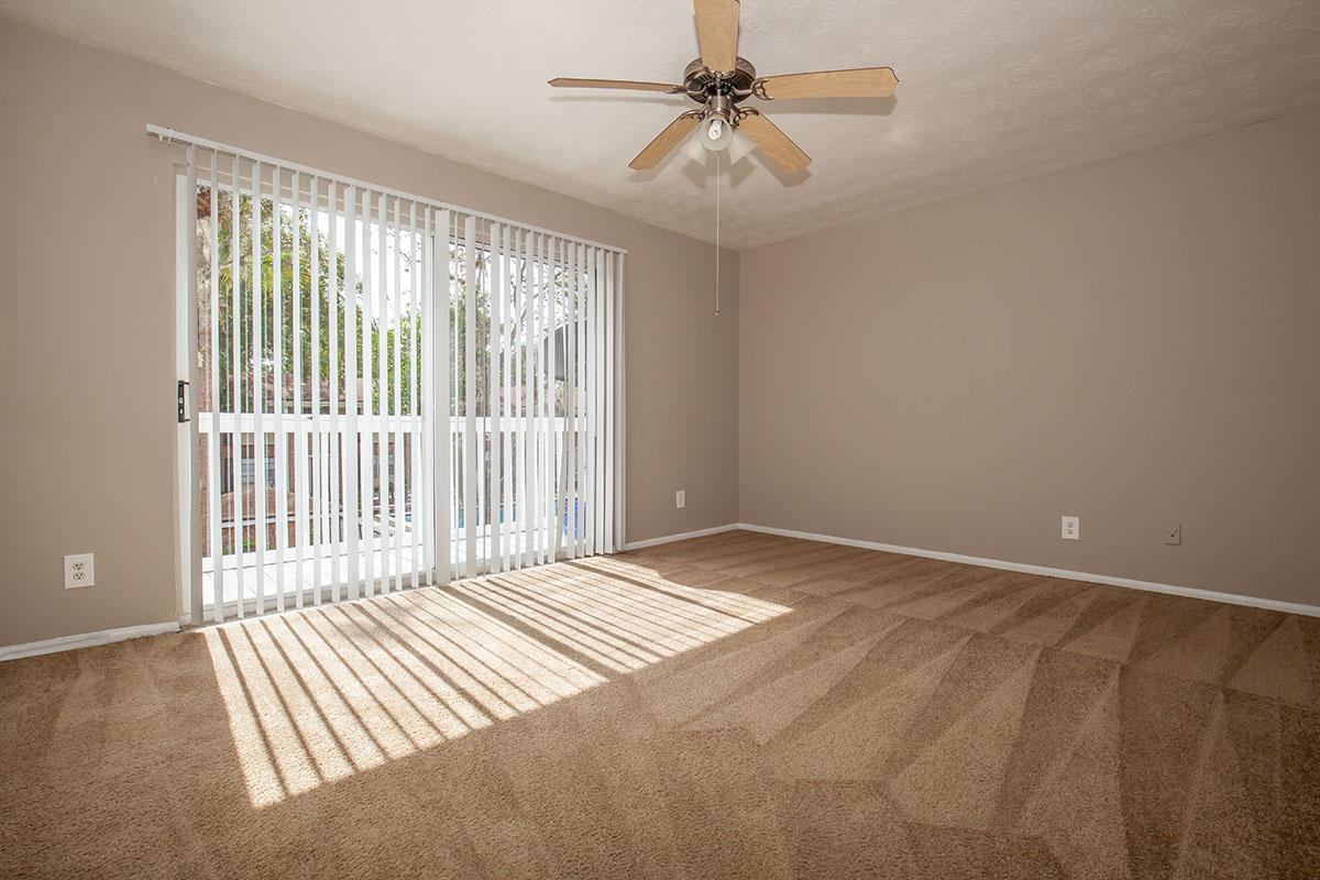 TH1 bedroom at The Columns in Jacksonville, Florida