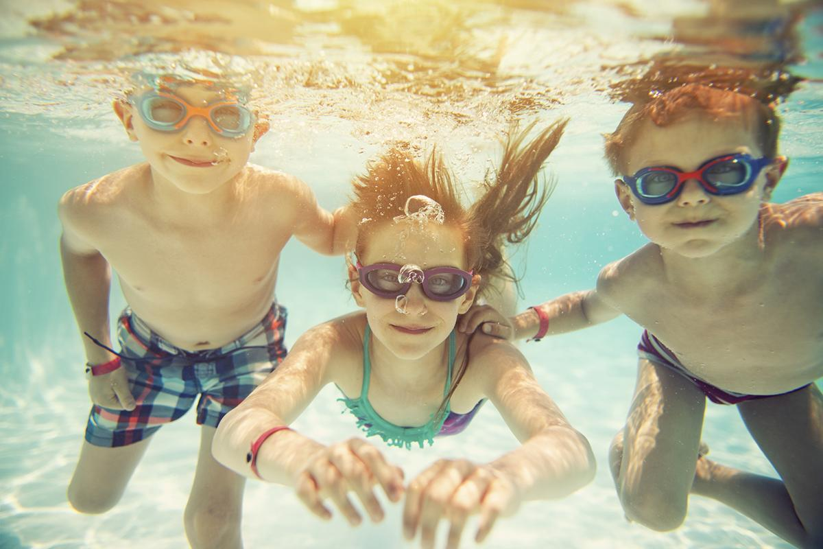 Kidsunderwater1200x800.jpg