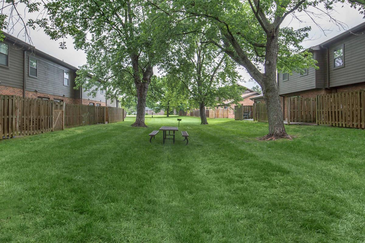 Picnic area at Colony House in Murfreesboro, TN