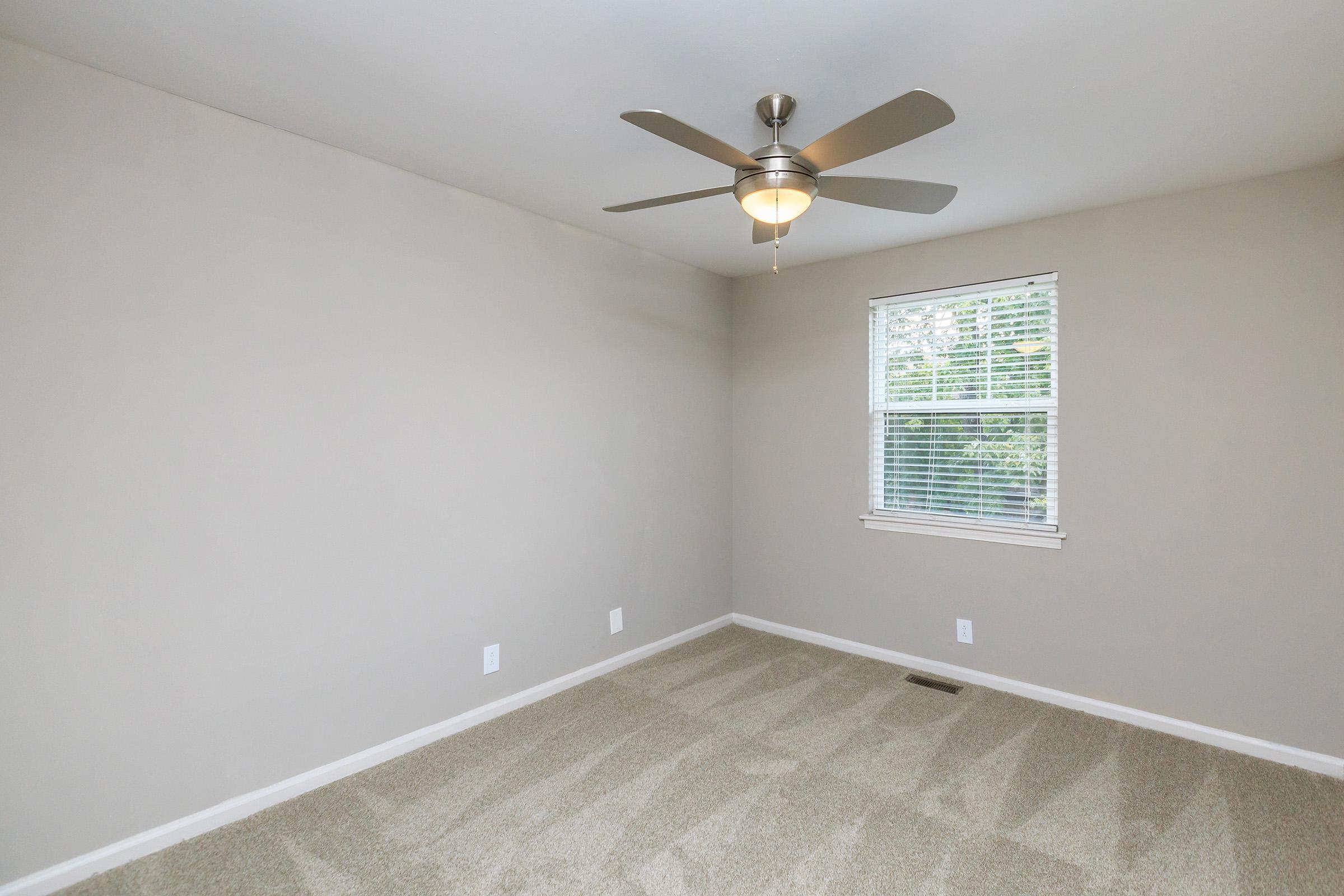Comfortable bedroom in Murfreesboro, TN