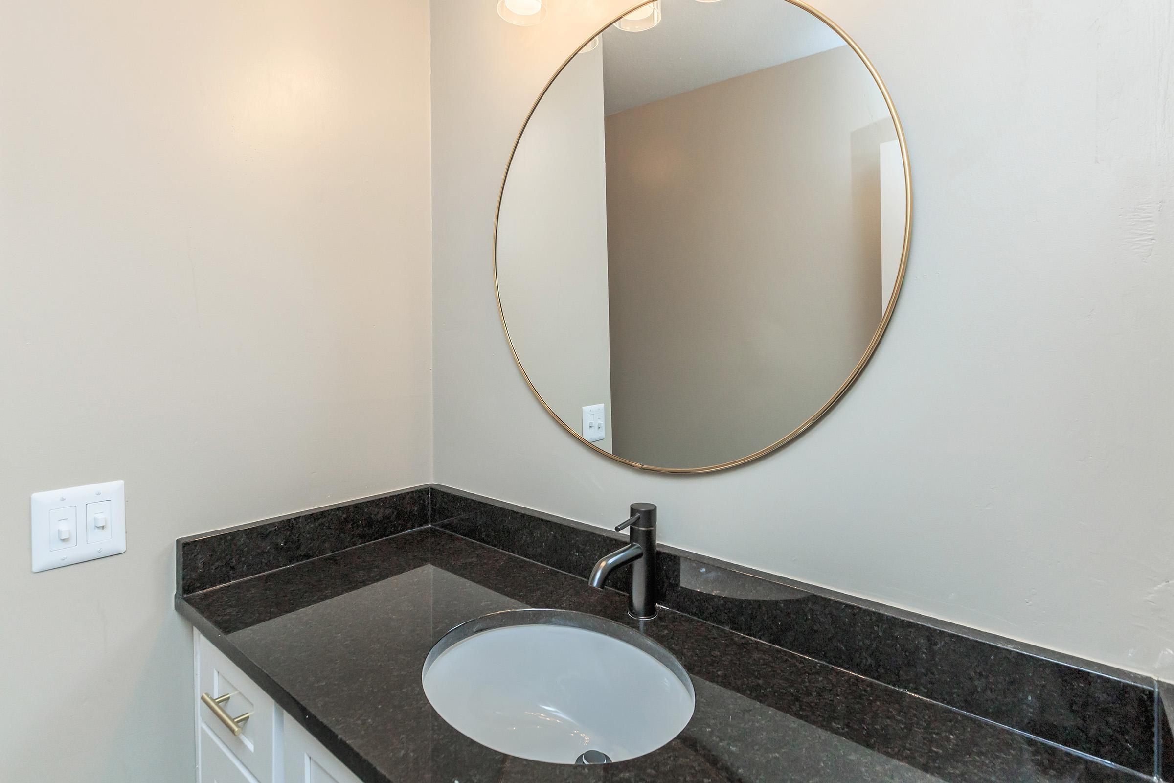 The Lincoln bathroom in TN