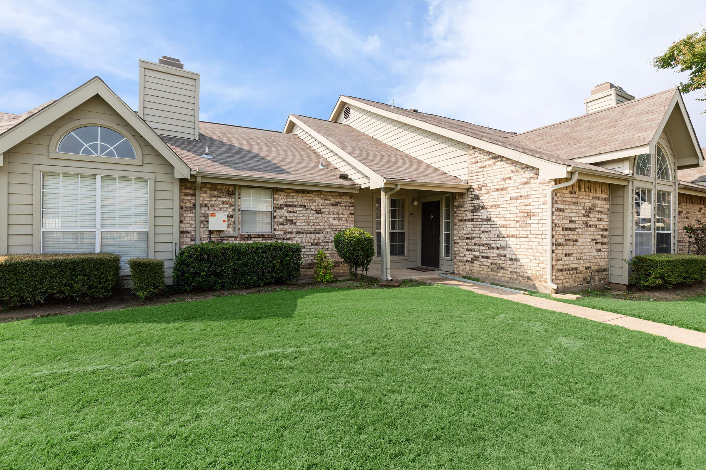 WELCOME TO PLANO PARK TOWNHOMES IN PLANO, TX