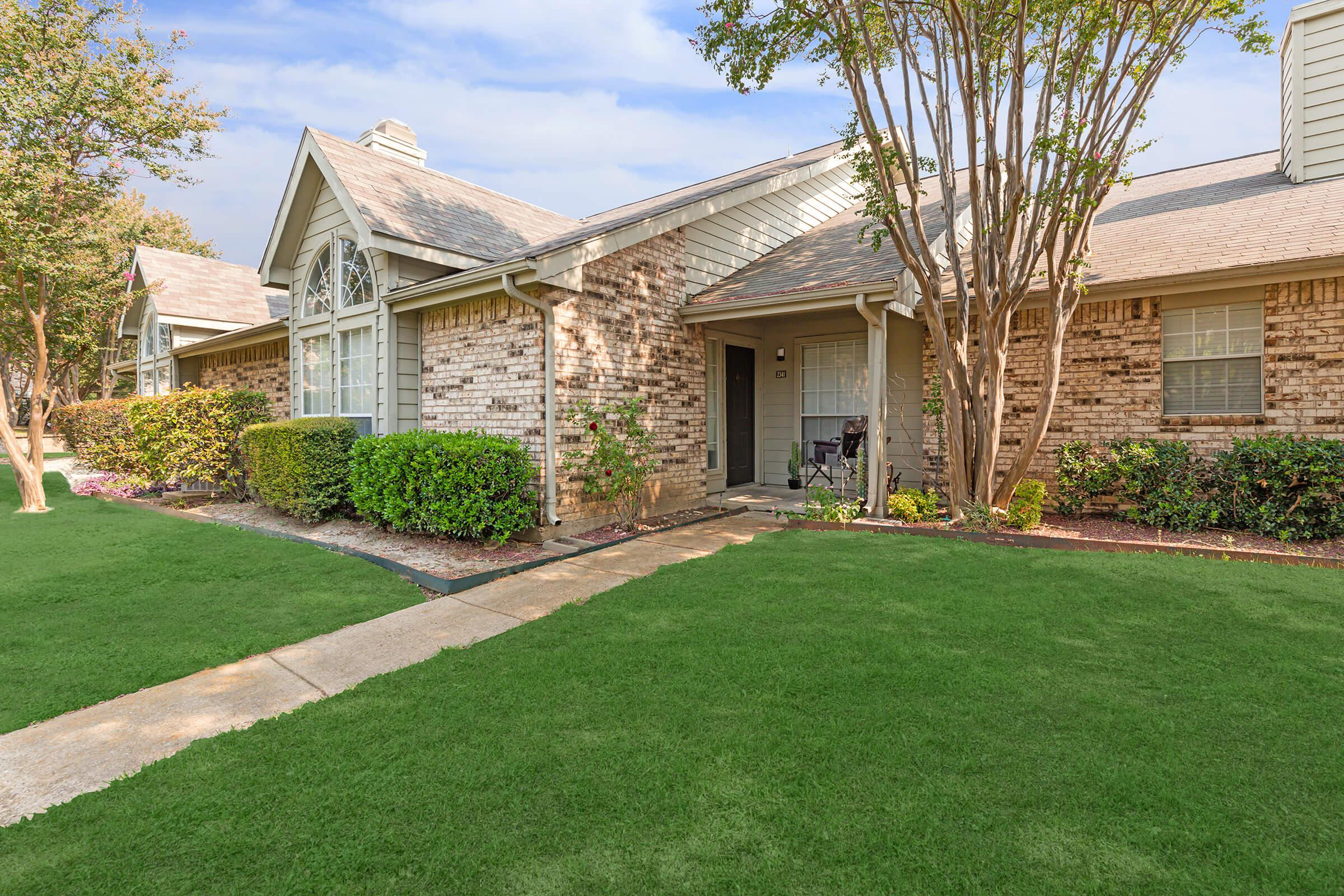 ONE AND TWO BEDROOM TOWNHOMES FOR RENT IN PLANO, TX