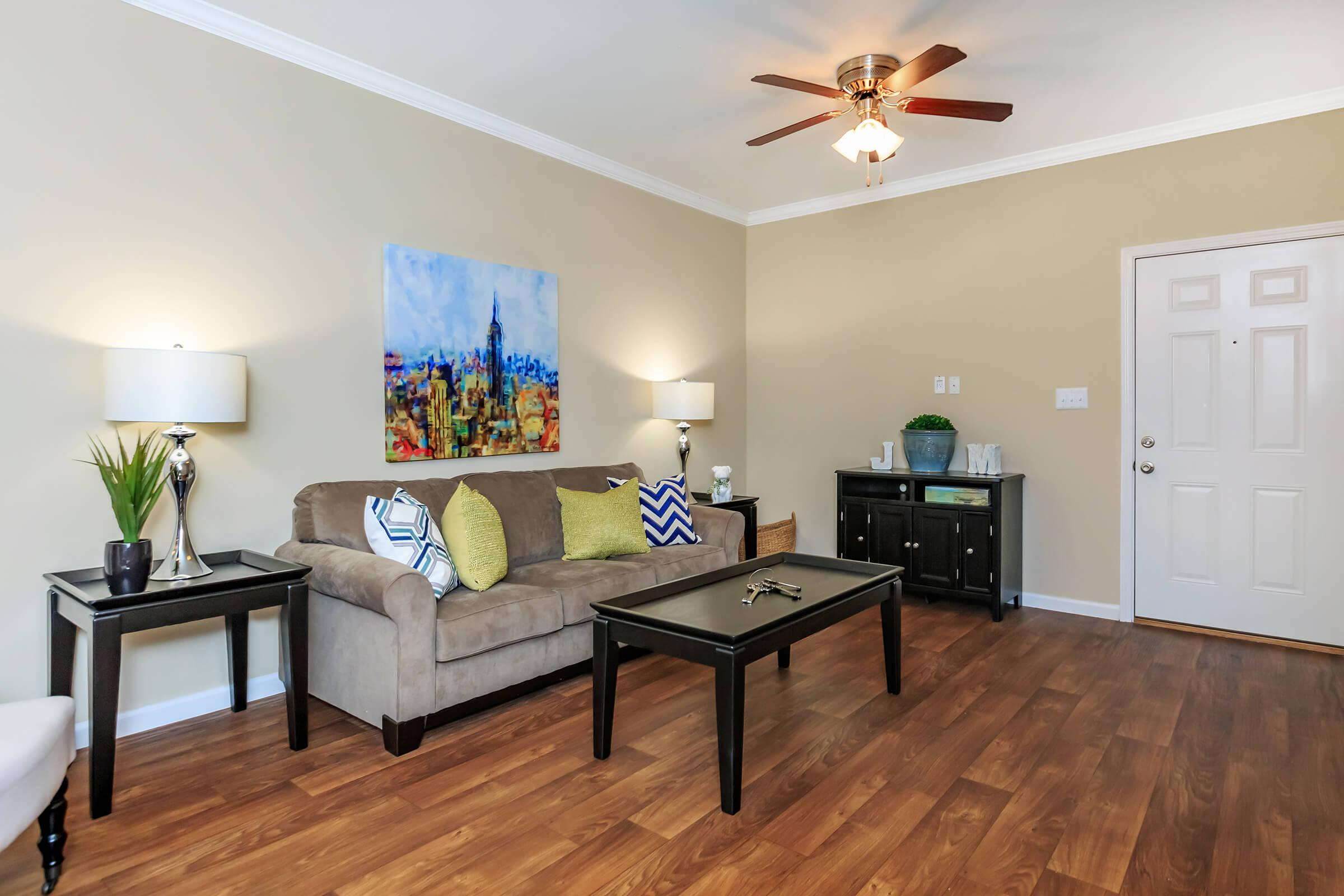 Living room of Eagles Crest at Jack Miller in Clarksville, Tennessee