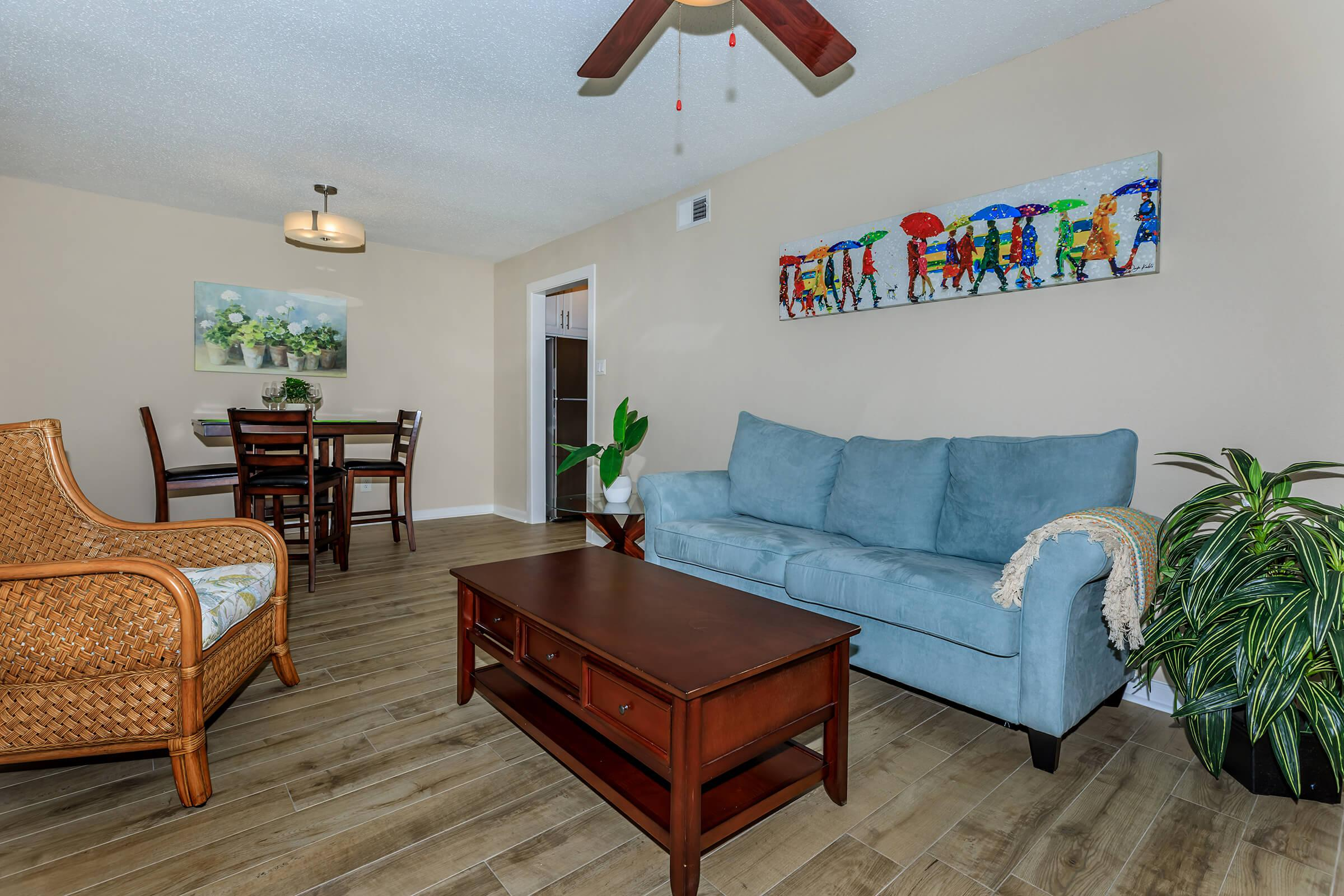 WELCOME HOME TO MONTABELLA AT OAK FOREST APARTMENTS