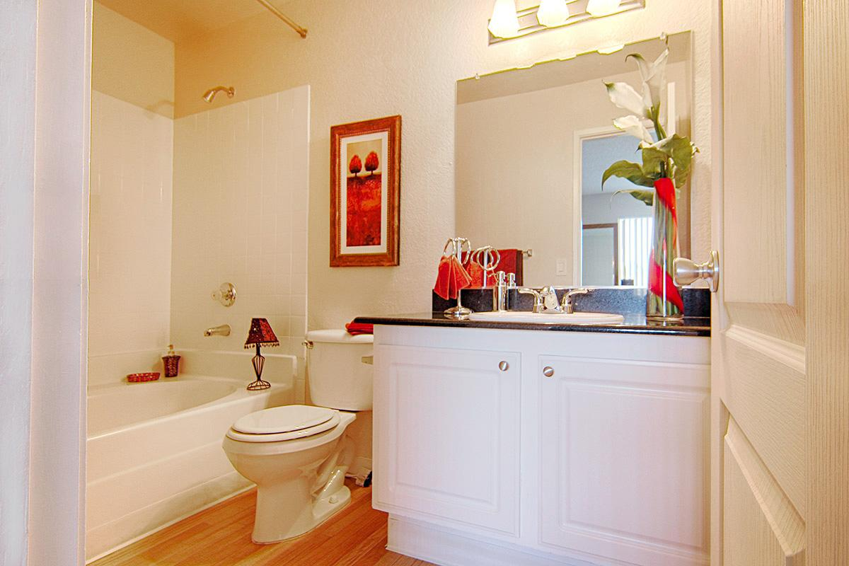 59-FP3-2-Bathroom2.jpg
