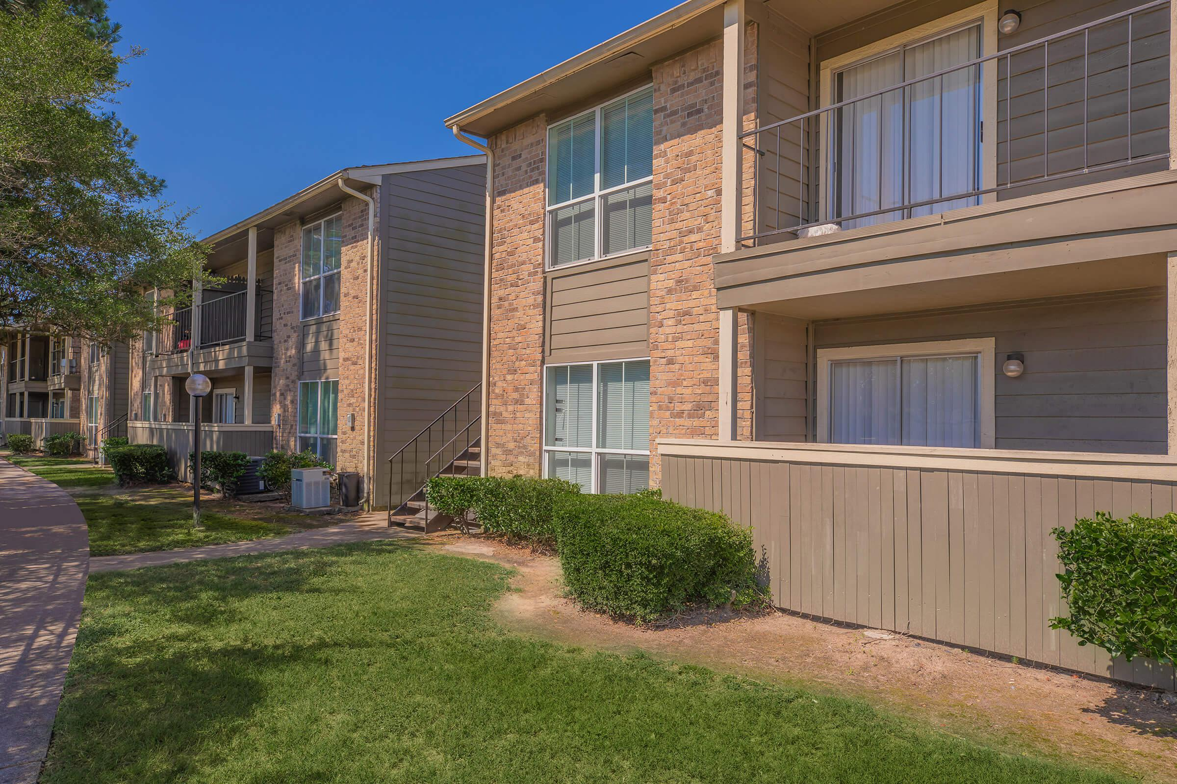 YOUR NEW HOME AWAITS AT BELLA VIDA APARTMENTS IN HOUSTON, TEXAS