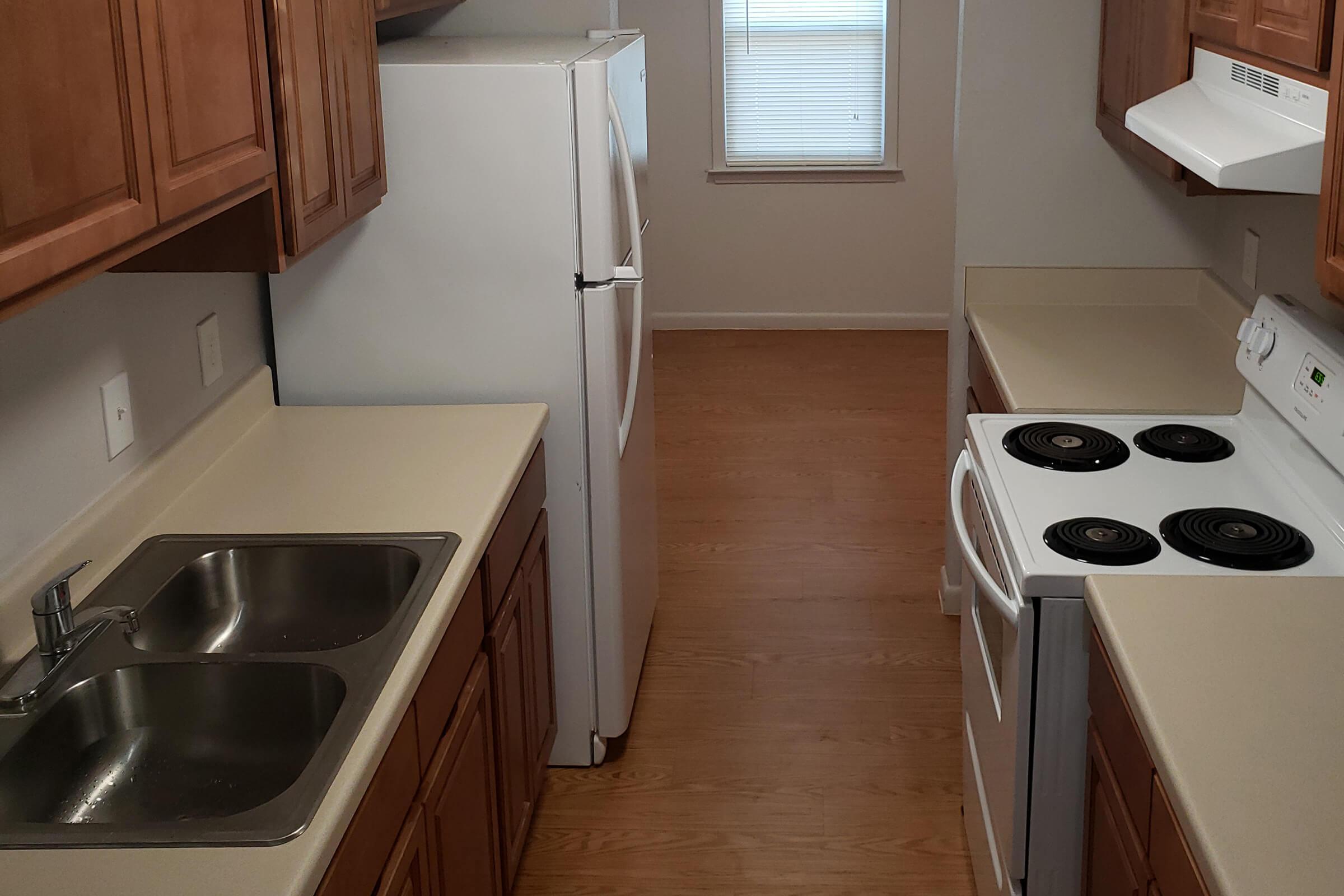 kitchen in 1x1.jpg