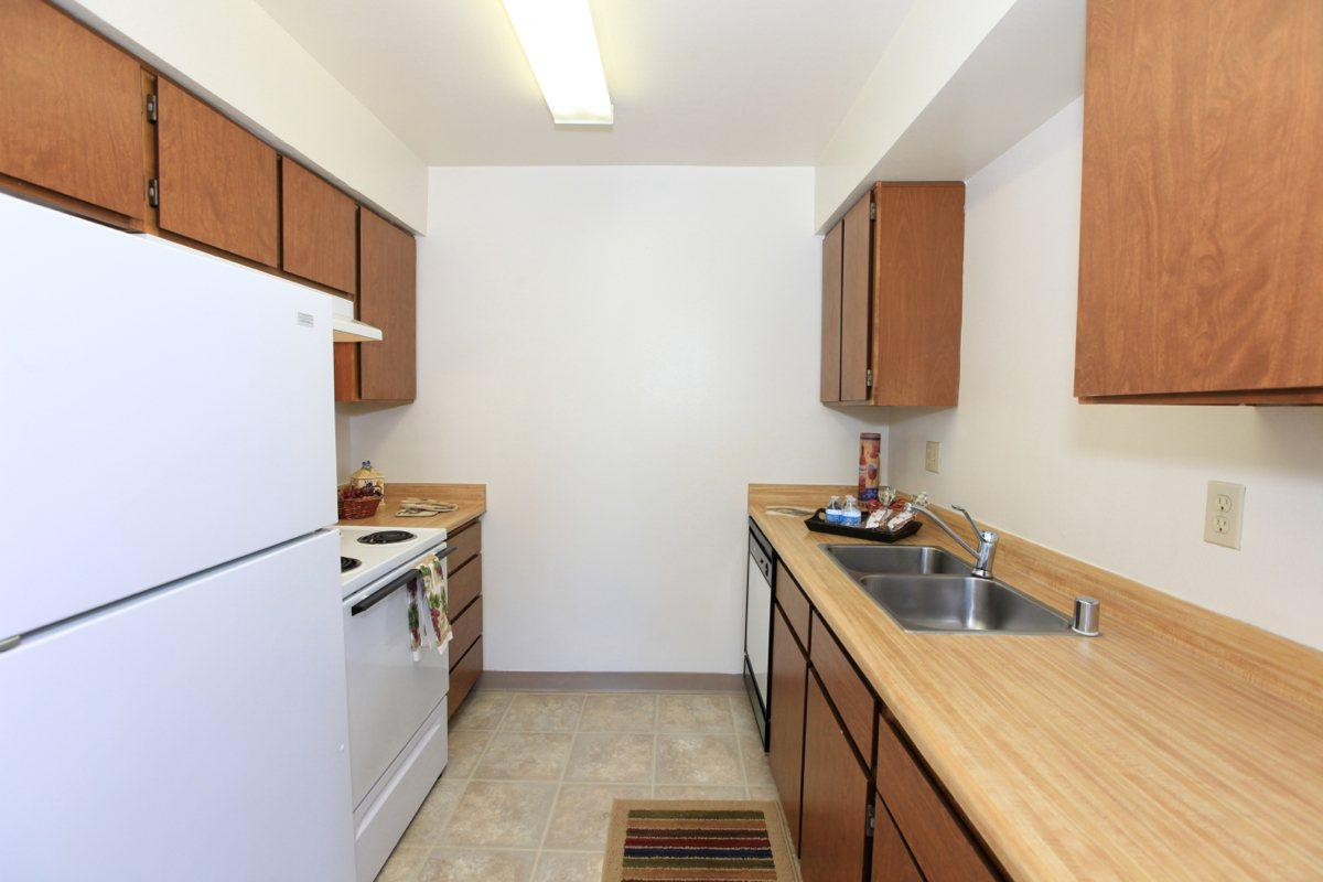 Valley View Apartment Homes has fully equipped kitchens