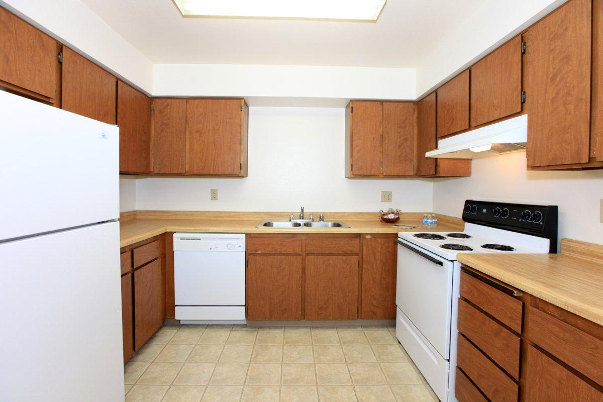 Valley View Apartment Homes has spacious kitchens