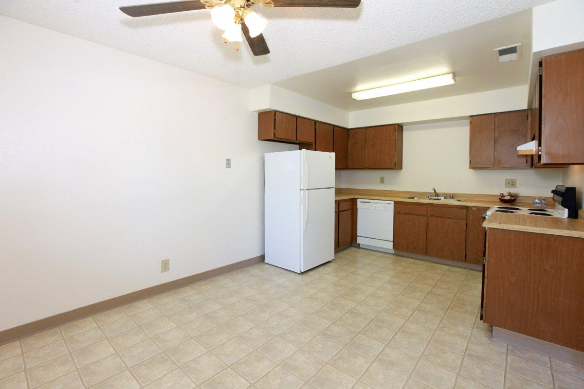 This is the dining area at Valley View Apartment Homes