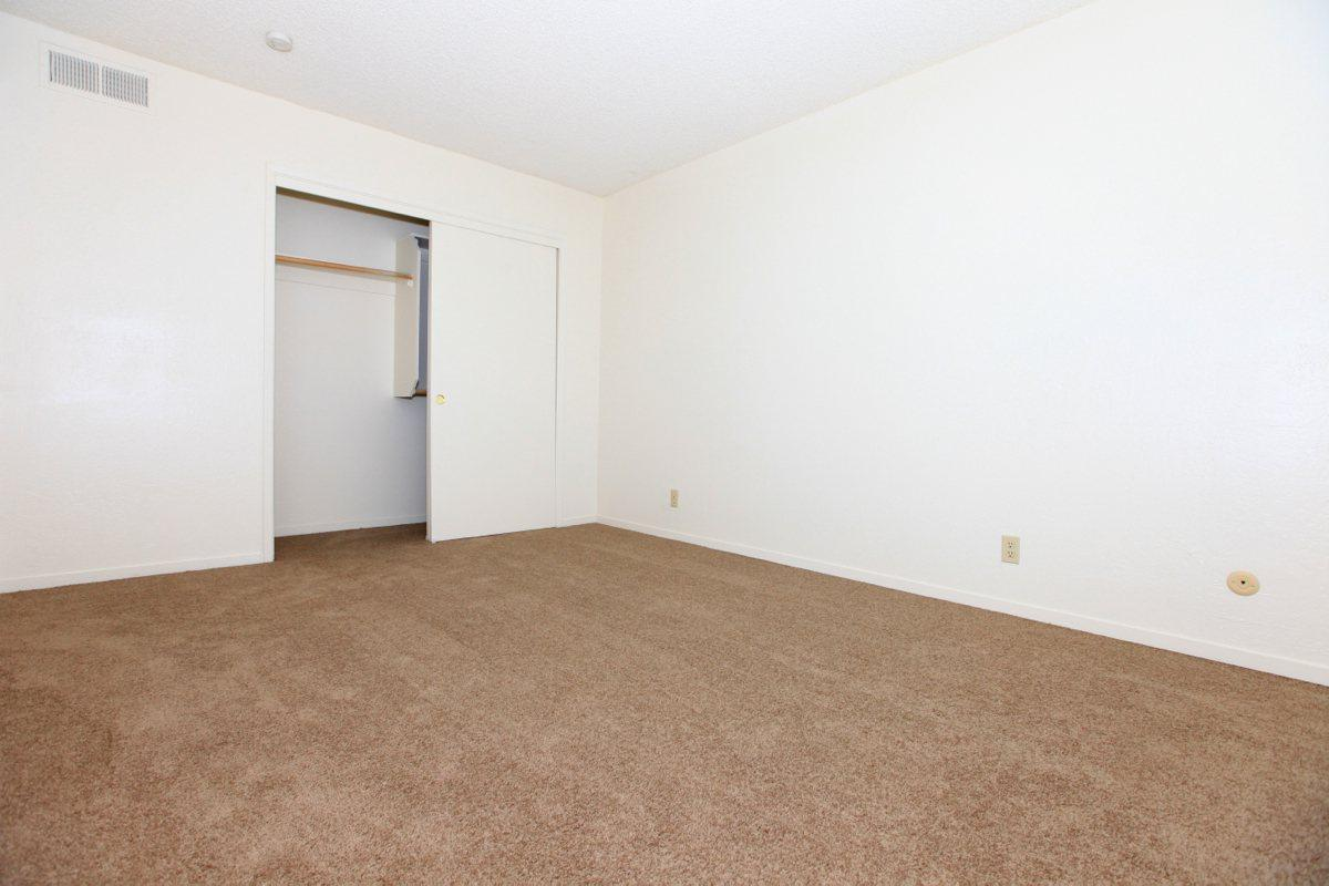 Valley View Apartment Homes has carpeted floors