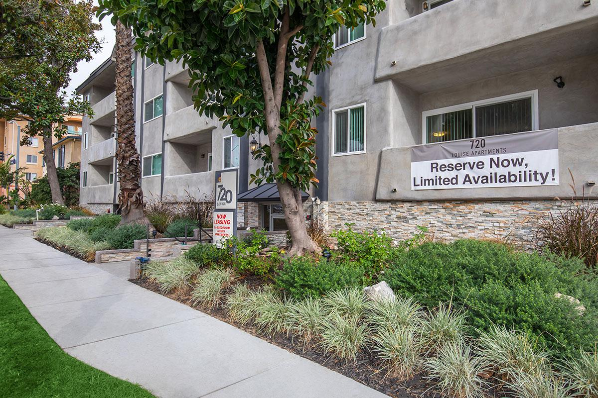 Apartments for Rent in Glendale, CA at 720 Louise